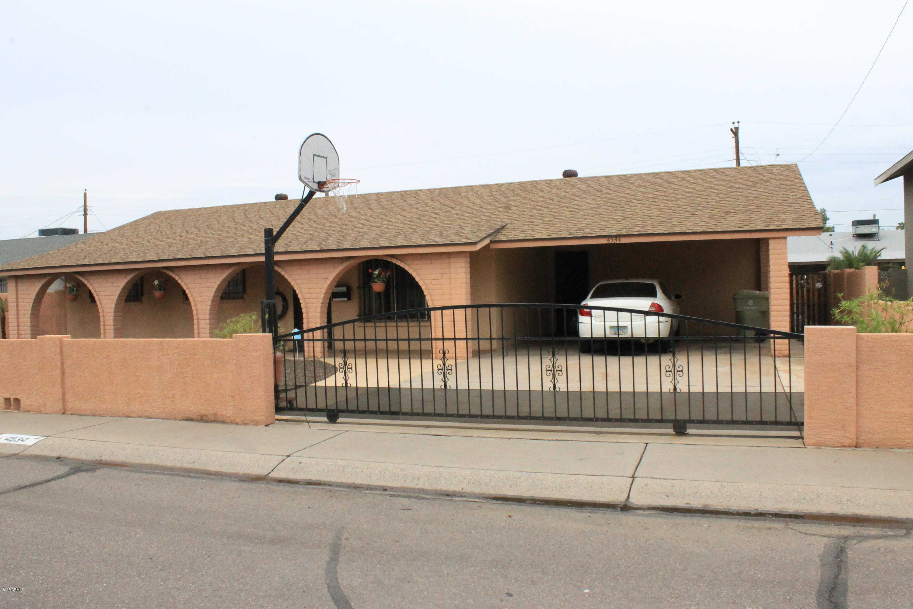 $207,000 - 3Br/2Ba - Home for Sale in West Plaza 14a Lot 205-213 & Tr B, Glendale