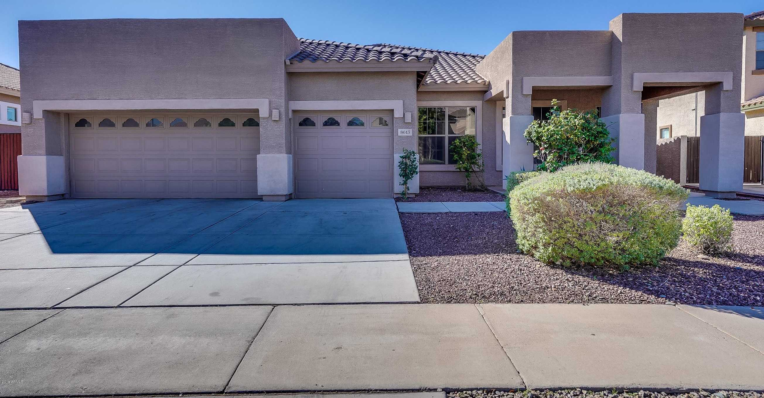 $349,900 - 5Br/3Ba - Home for Sale in Rovey Farm Estates North, Glendale