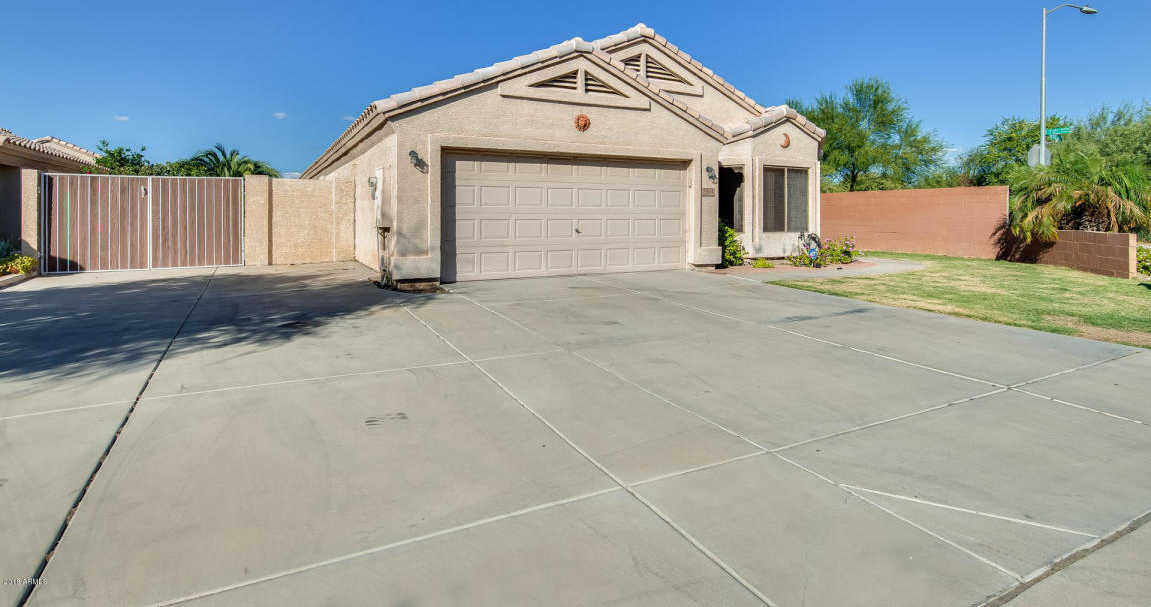 $229,900 - 4Br/2Ba - Home for Sale in Shadow Run Unit 1, Glendale