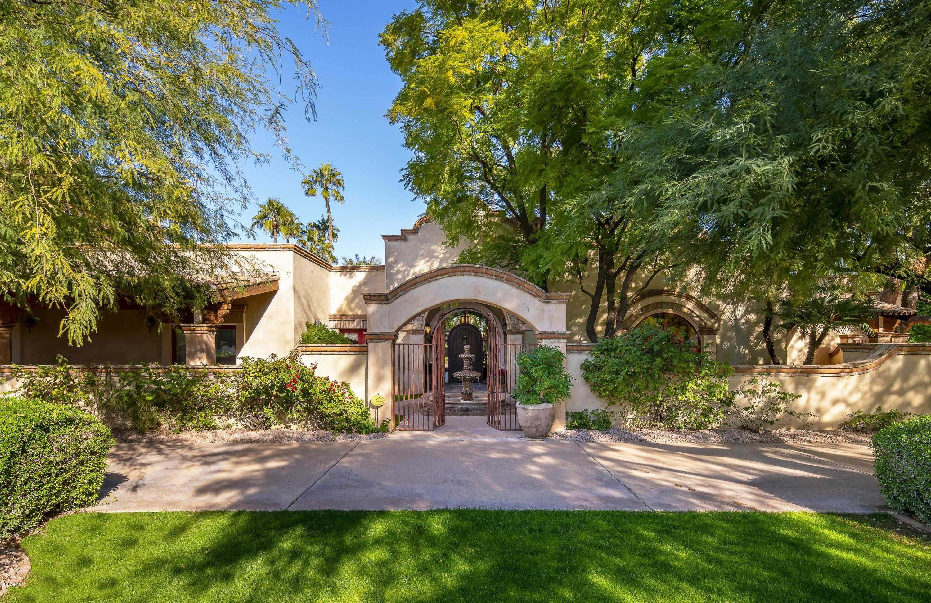$2,295,000 - 6Br/6Ba - Home for Sale in Camelback Country Club Estates 2, Paradise Valley