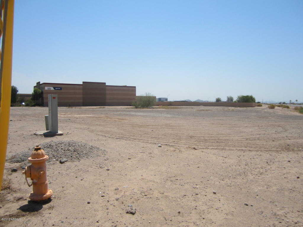 $499,000 - Br/Ba -  for Sale in Airport Commercenter Subdivision No 1, Goodyear