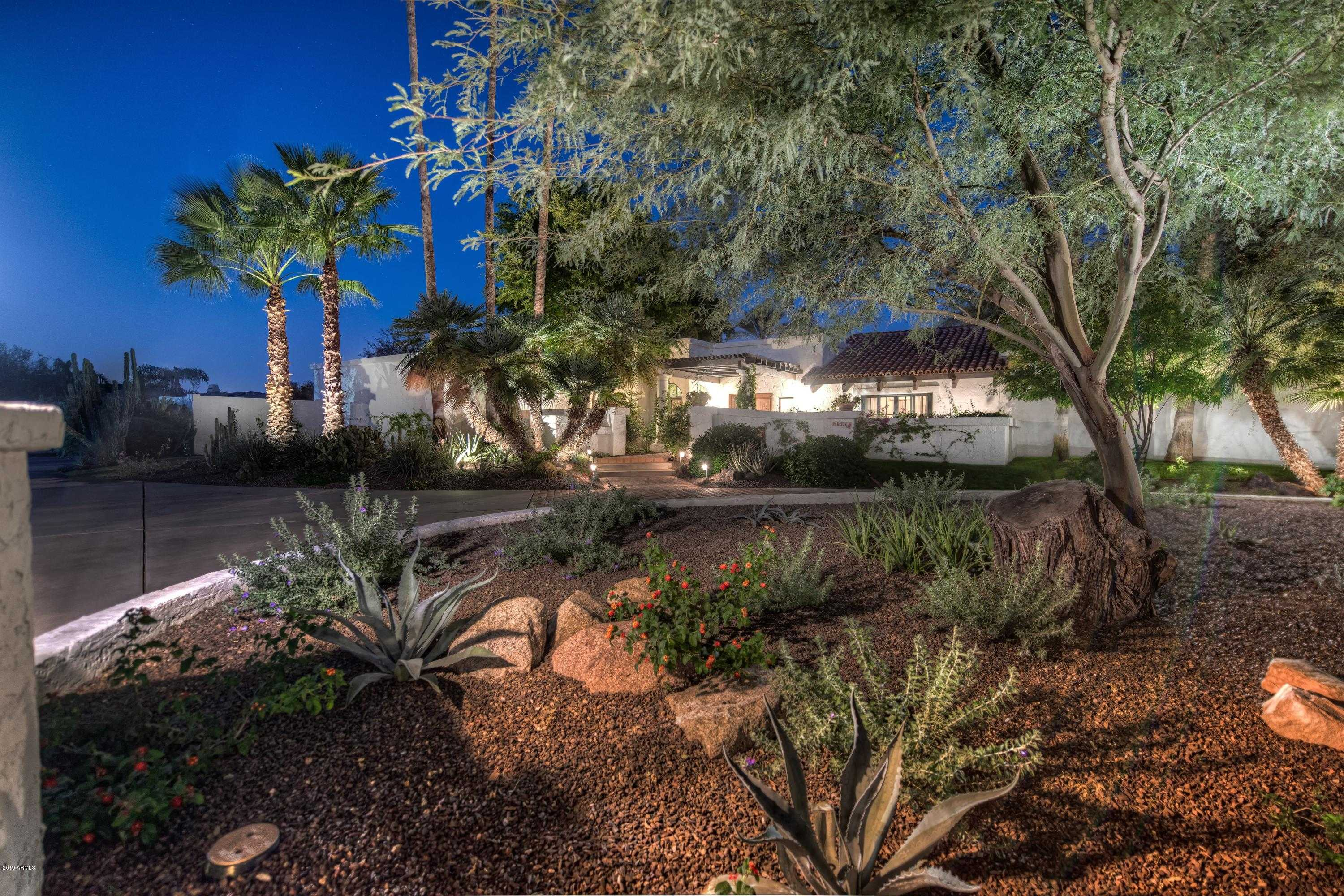 $1,500,000 - 4Br/4Ba - Home for Sale in Camelback Country Club Estates, Paradise Valley
