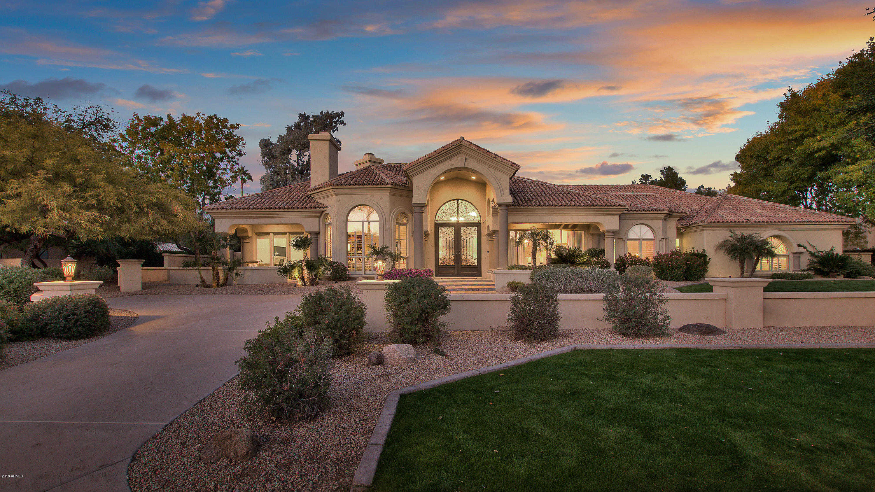 $2,100,000 - 5Br/5Ba - Home for Sale in Camelback Country Estates, Paradise Valley