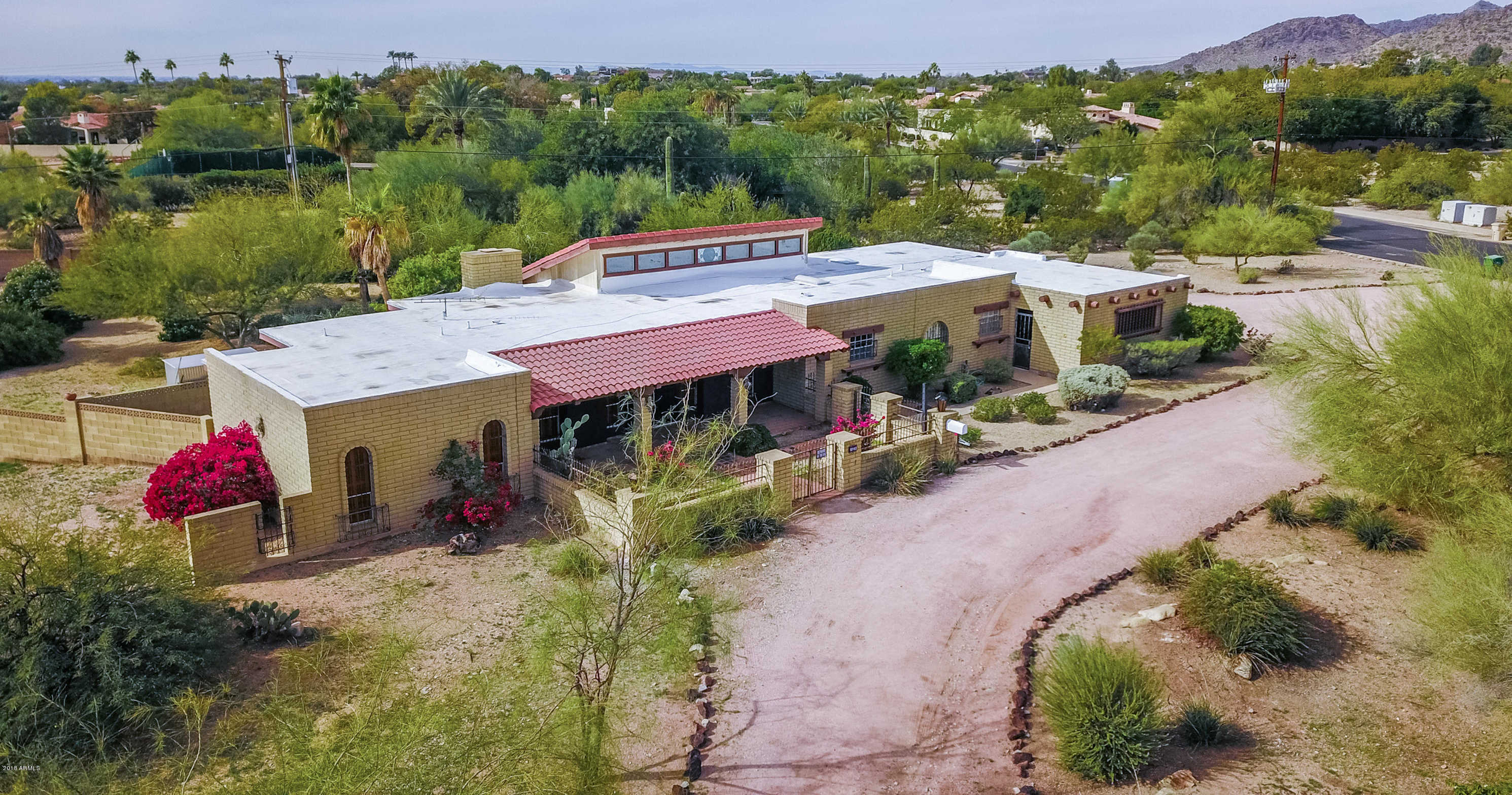 $1,100,000 - 3Br/2Ba - Home for Sale in Arroyo Heights, Paradise Valley