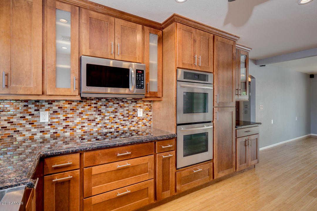 $299,000 - 2Br/2Ba -  for Sale in Villa Monterey, Scottsdale