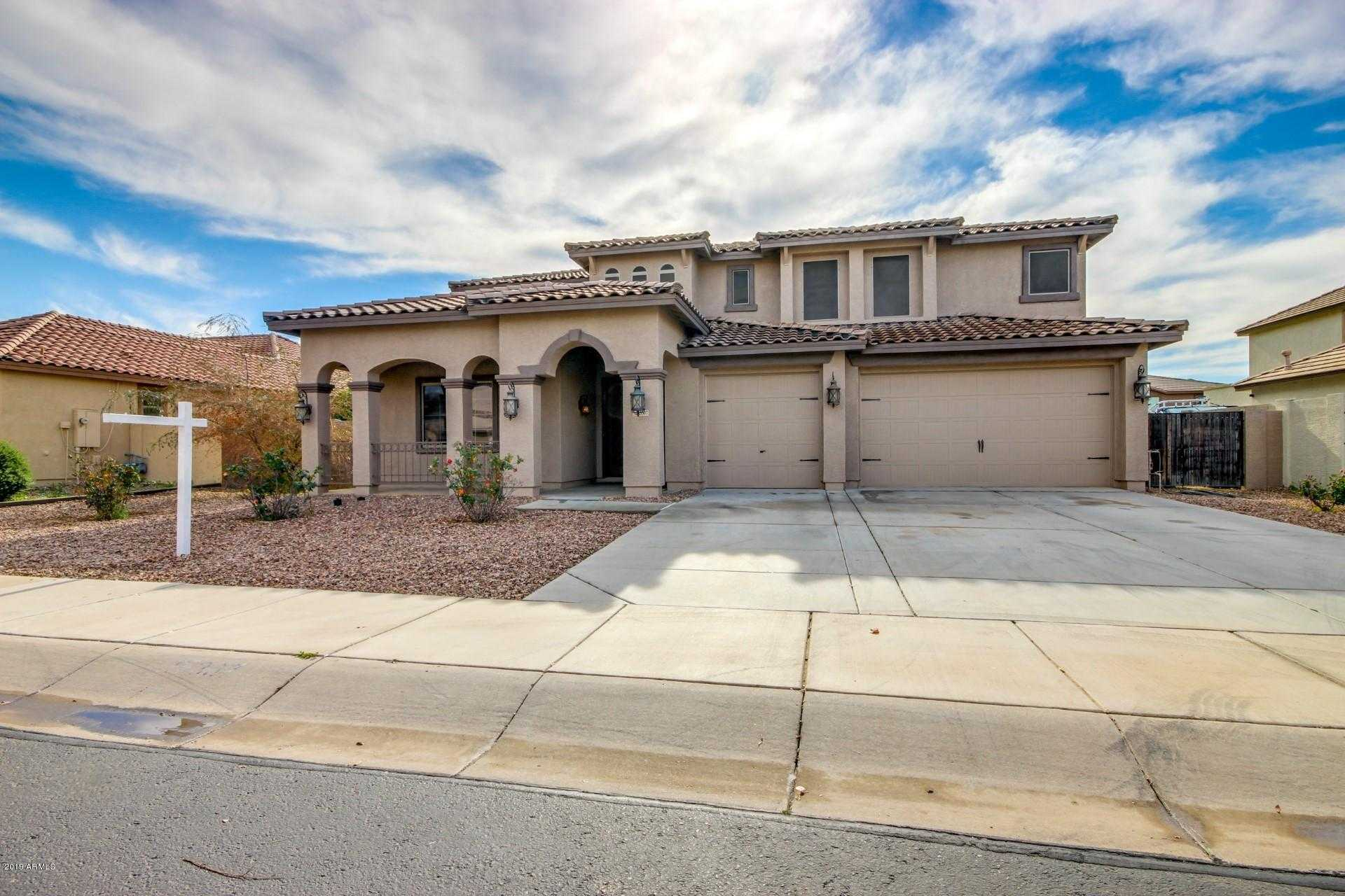 $400,000 - 7Br/5Ba - Home for Sale in Palm Valley Phase 5 Parcel 6, Goodyear