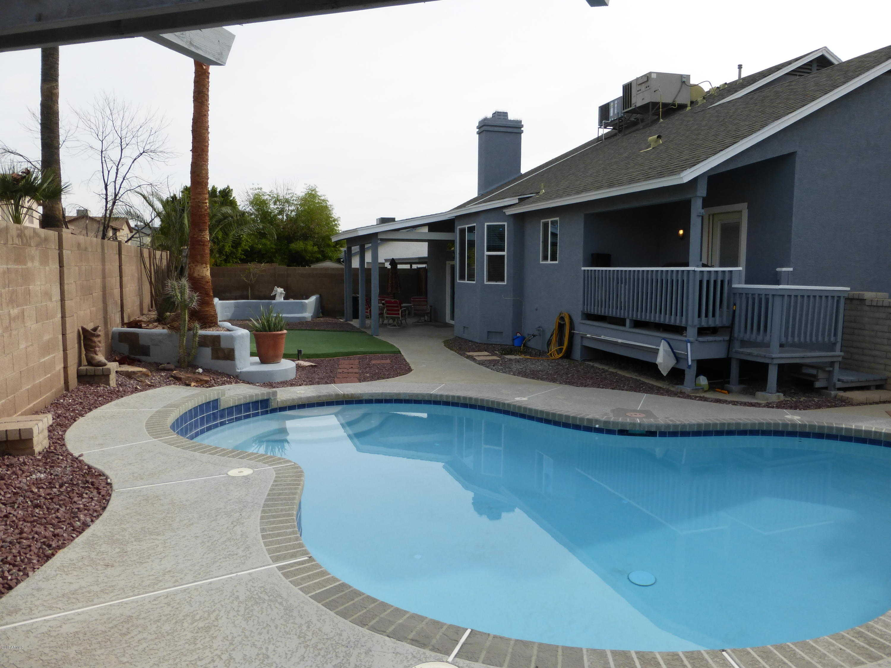 $324,000 - 4Br/3Ba - Home for Sale in West Plaza 31 & 32 Amd Lot 1-608 Tr A-c, Glendale