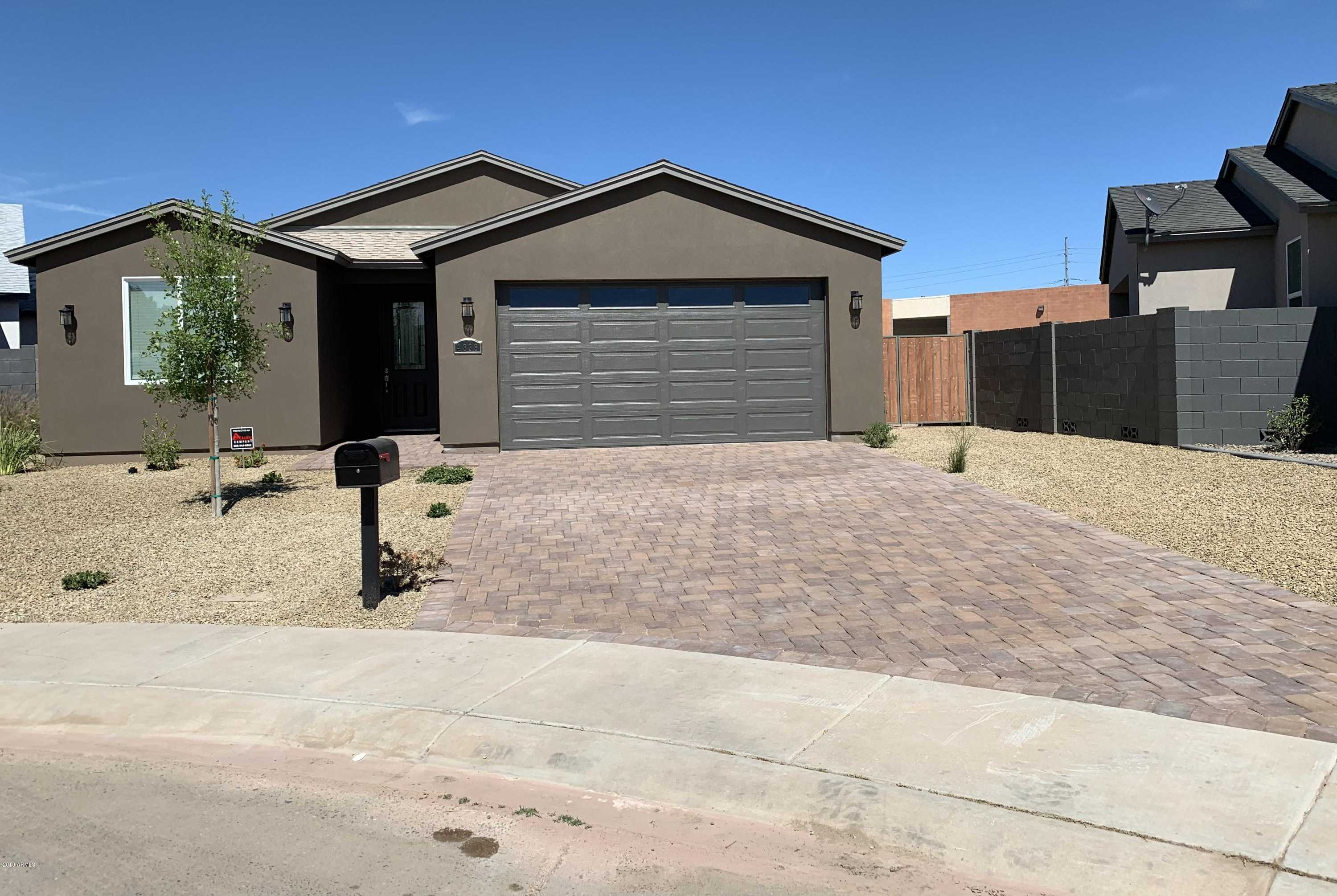$375,800 - 4Br/3Ba - Home for Sale in Laurel Cove, Glendale