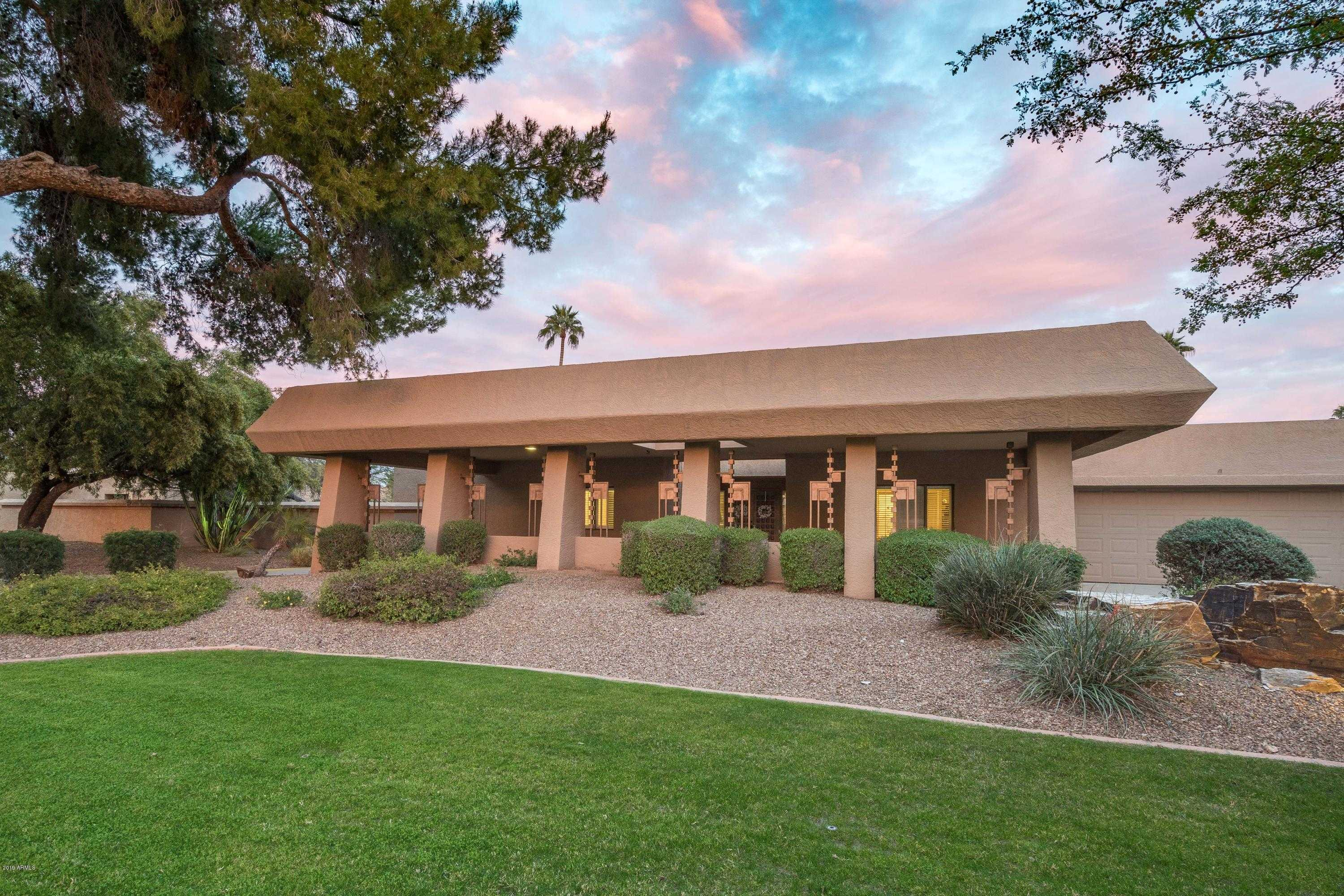 $800,000 - 3Br/3Ba - Home for Sale in Mountain View Estates Replat, Paradise Valley