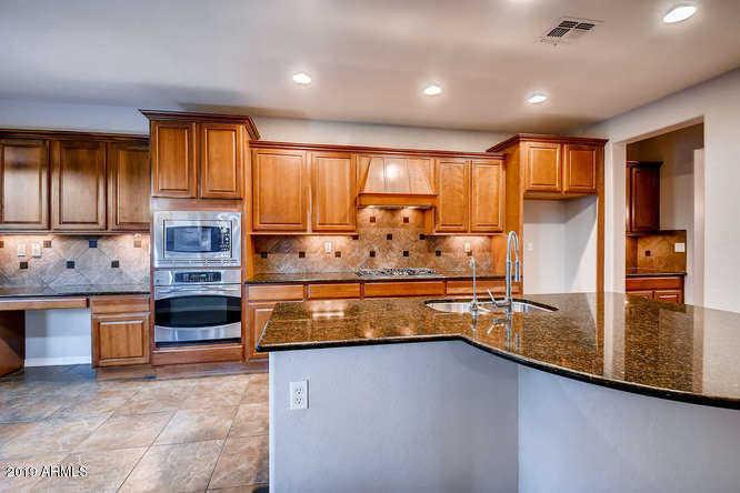 $579,900 - 5Br/5Ba - Home for Sale in Fireside Desert Ridge, Phoenix