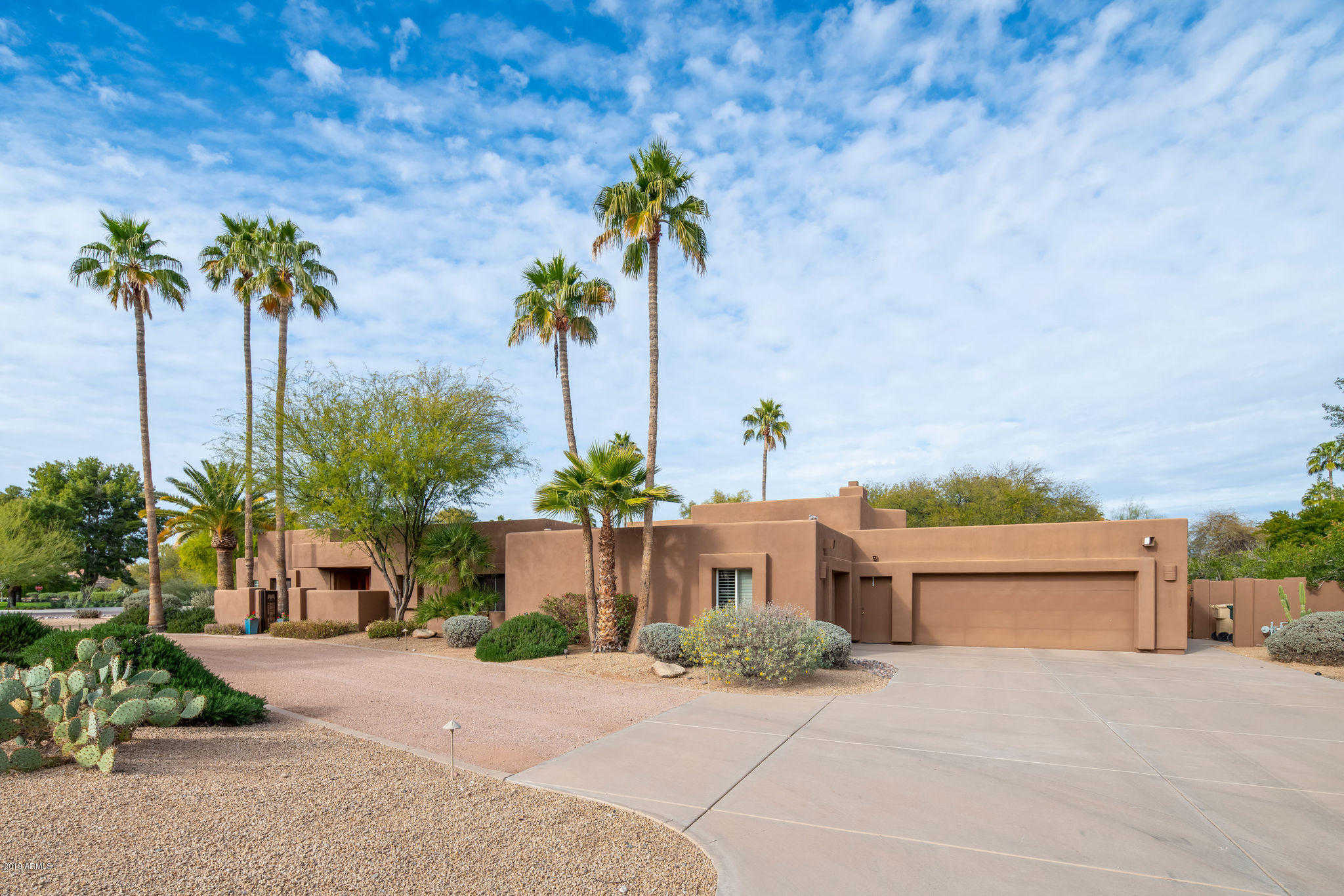 $1,450,000 - 4Br/4Ba - Home for Sale in Mockingbird Lane Estates 2, Paradise Valley
