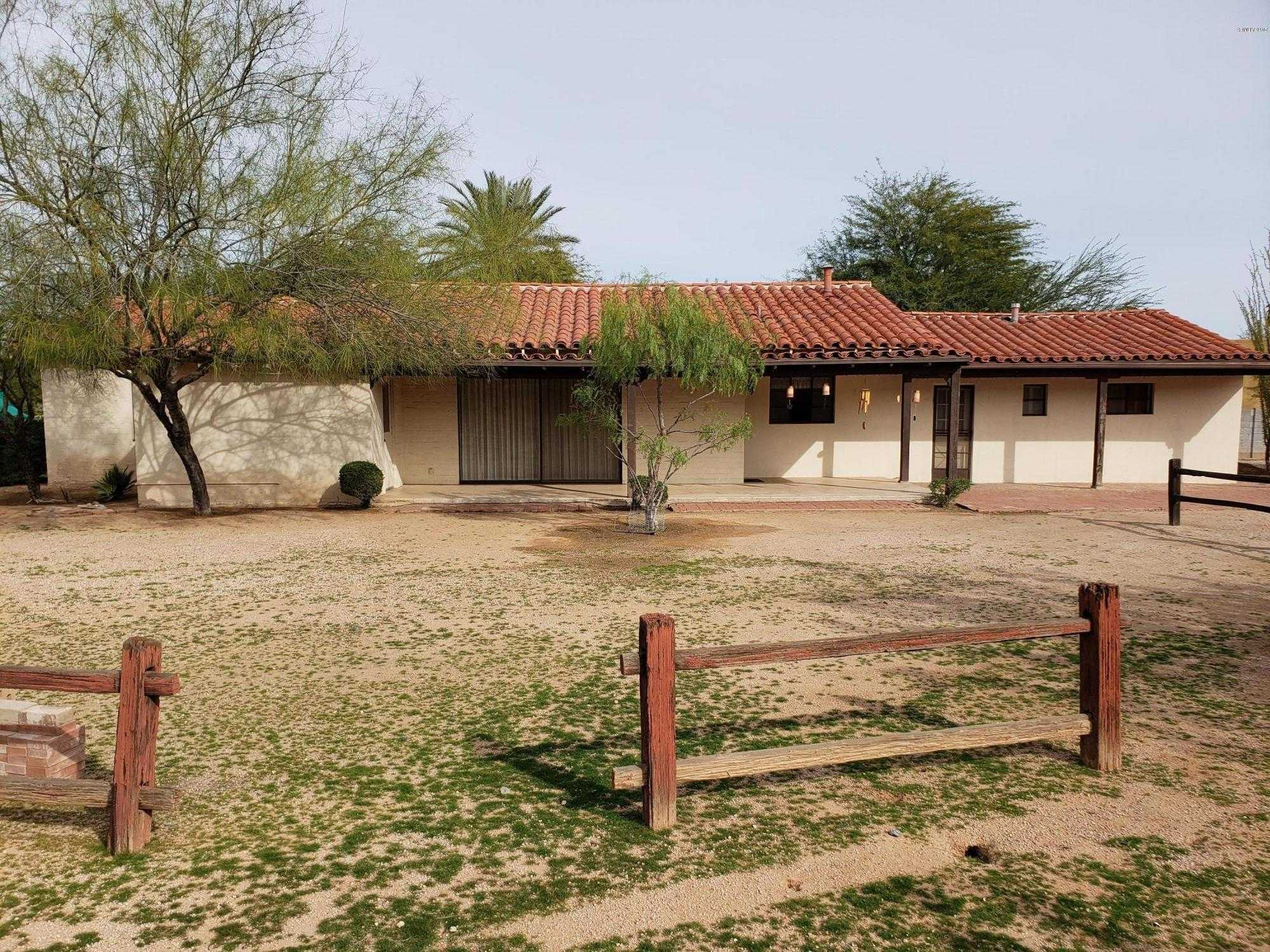 $1,215,000 - 3Br/3Ba - Home for Sale in -, Paradise Valley
