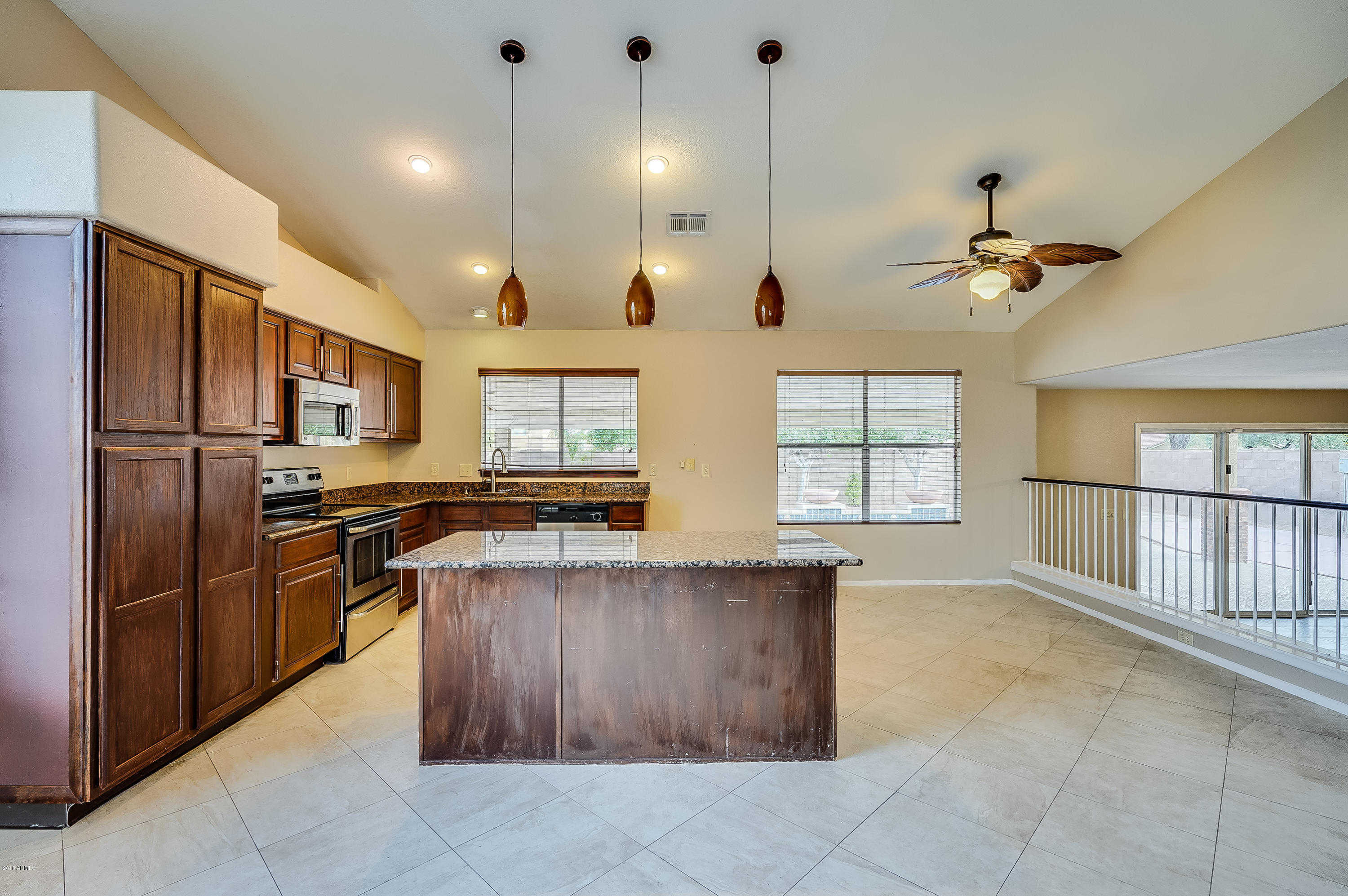 $308,000 - 3Br/3Ba - Home for Sale in Daybreak At North Canyon, Glendale