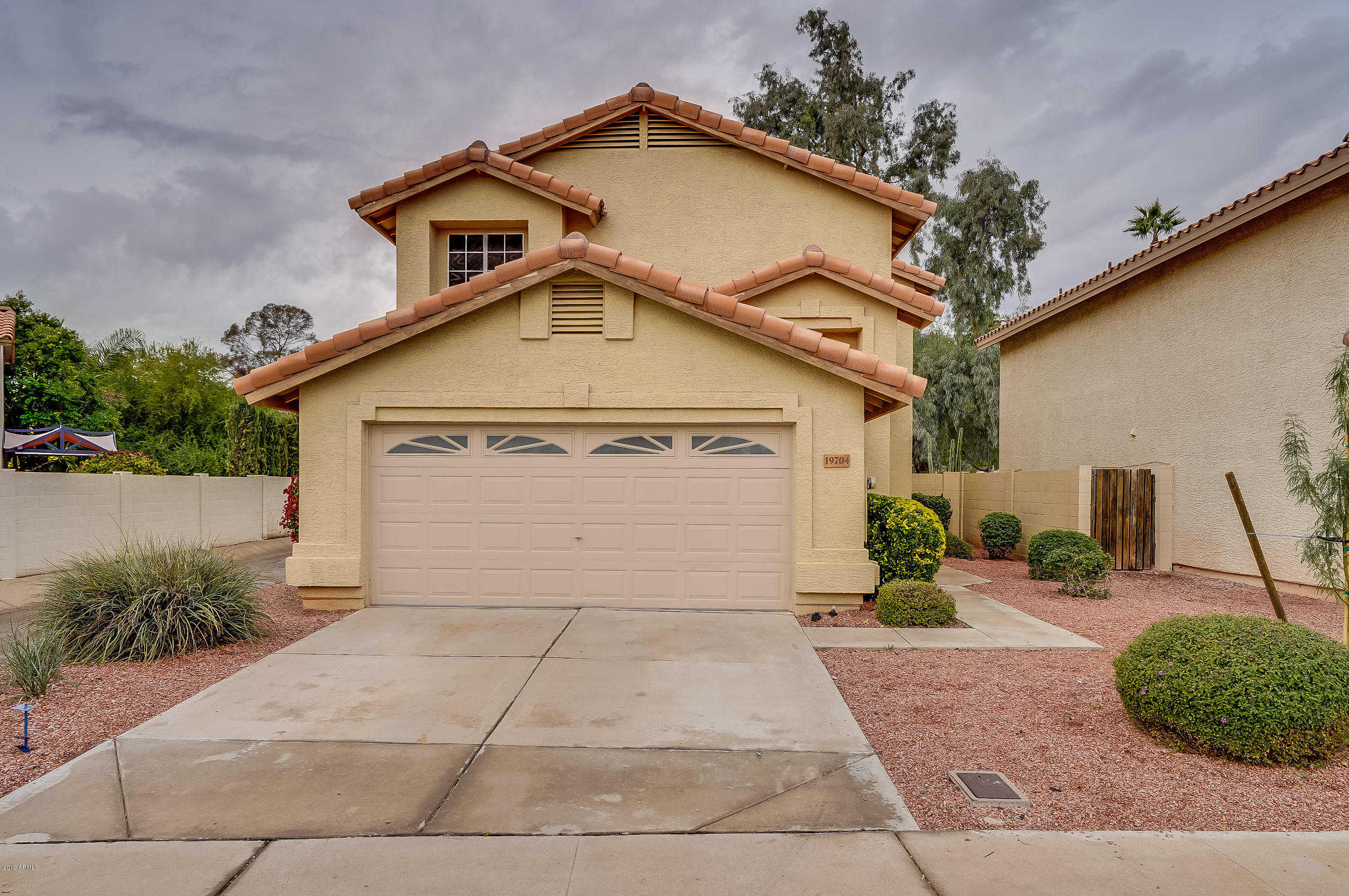 $319,000 - 4Br/3Ba - Home for Sale in Arrowhead On The Green Lot 1-325 Tr A-c, Glendale