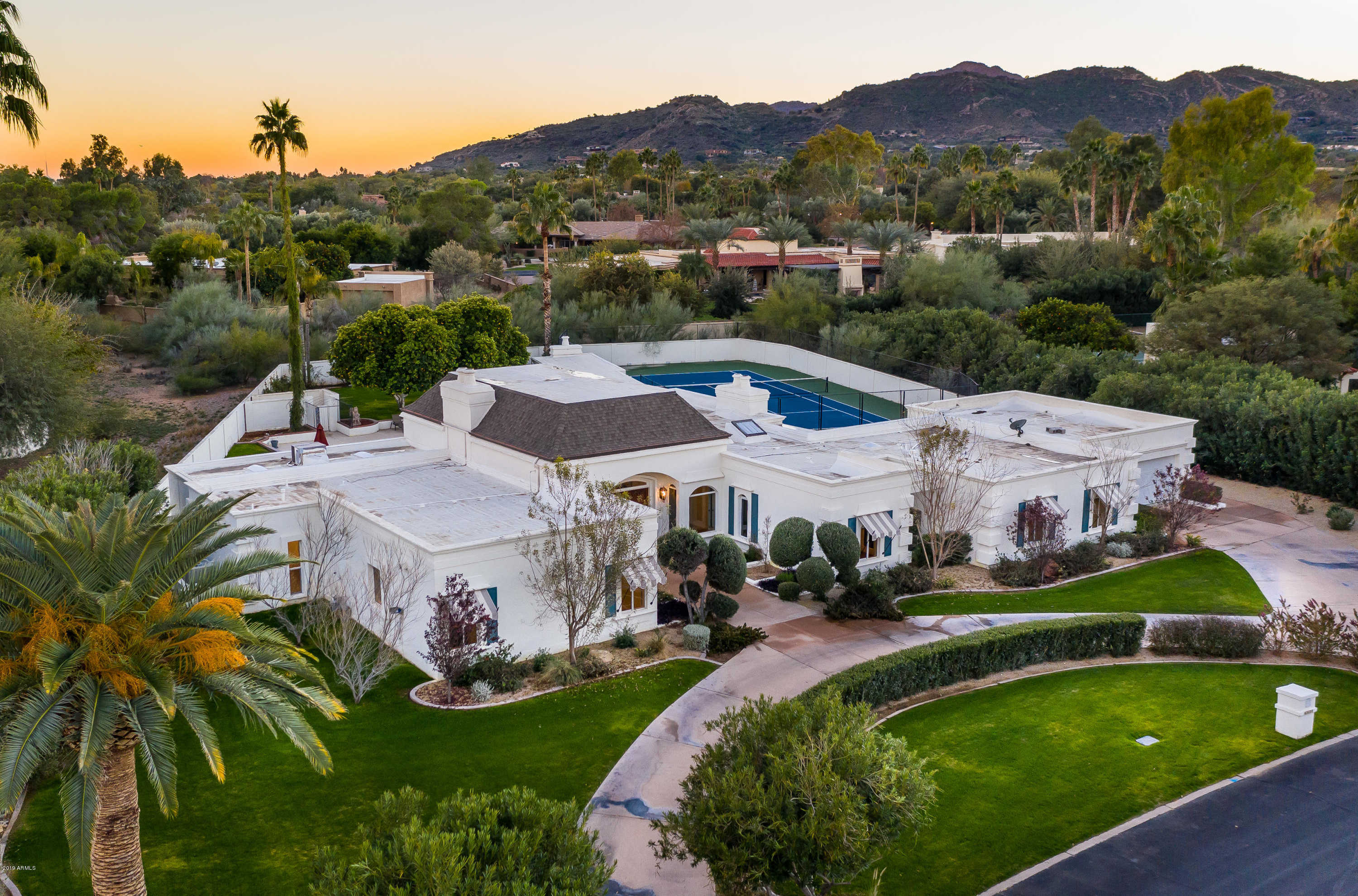 $2,150,000 - 5Br/4Ba - Home for Sale in Camelback Country Club Estates, Paradise Valley