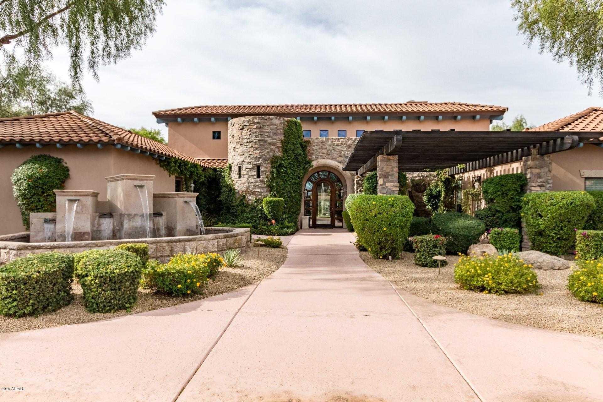 $329,900 - 3Br/2Ba -  for Sale in La Verne Condominiums Replat, Phoenix