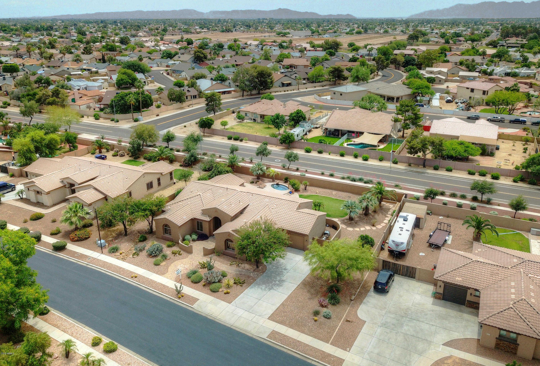 $450,000 - 3Br/3Ba - Home for Sale in Missouri Estates, Glendale