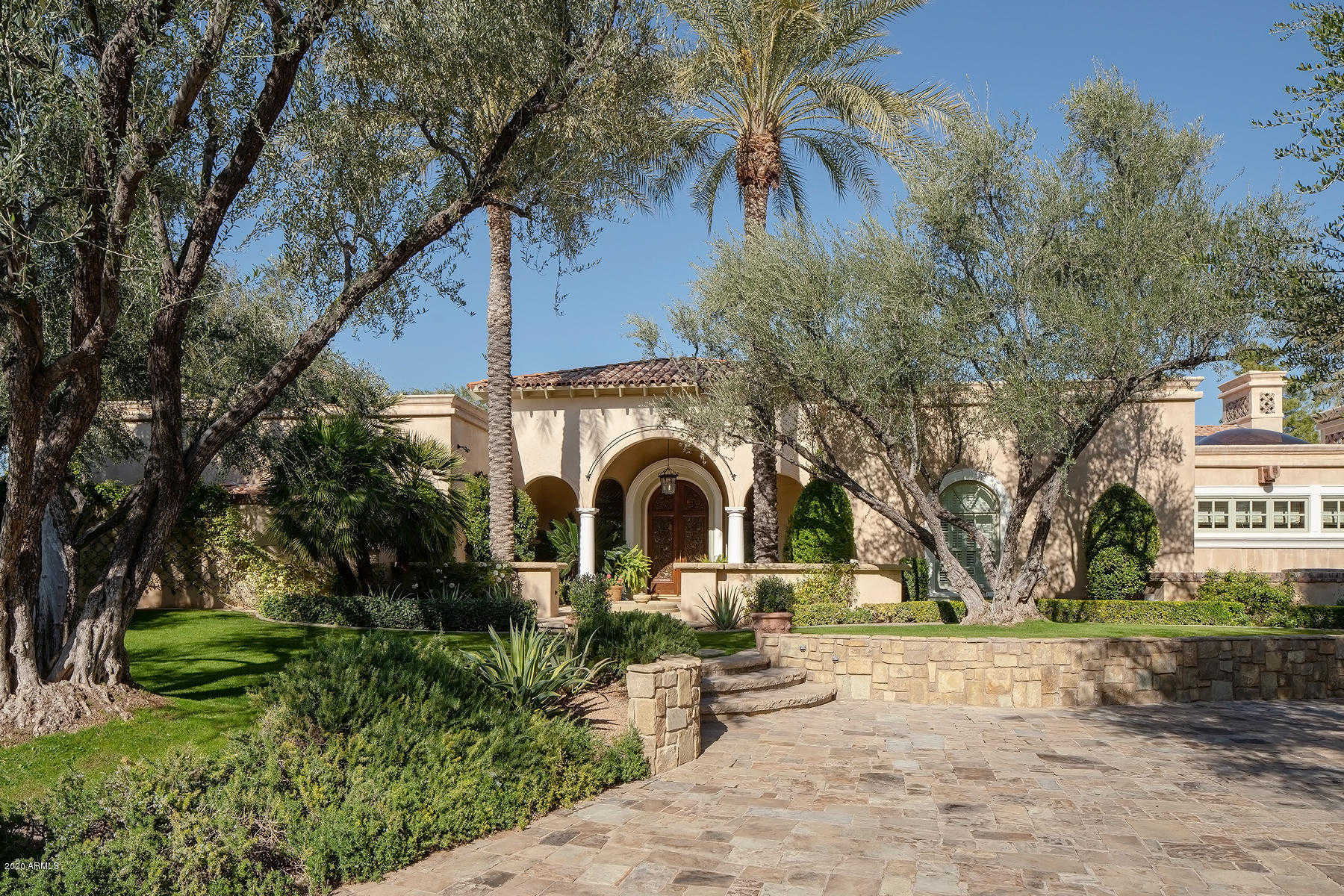 $3,150,000 - 5Br/6Ba - Home for Sale in Camelback Country Club Estates 4, Paradise Valley