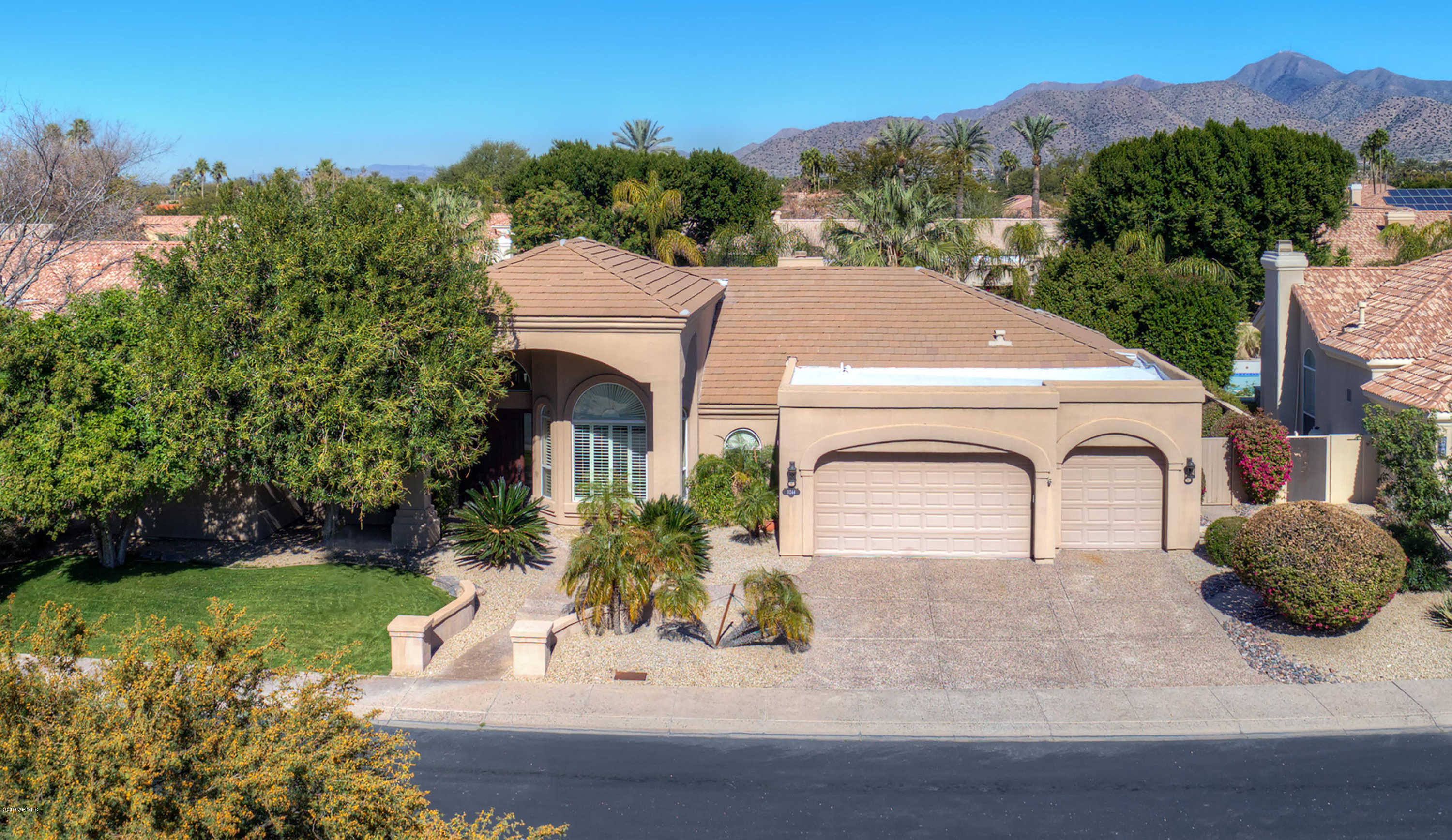 $900,000 - 5Br/3Ba - Home for Sale in Parcel 1 At Stonegate, Scottsdale
