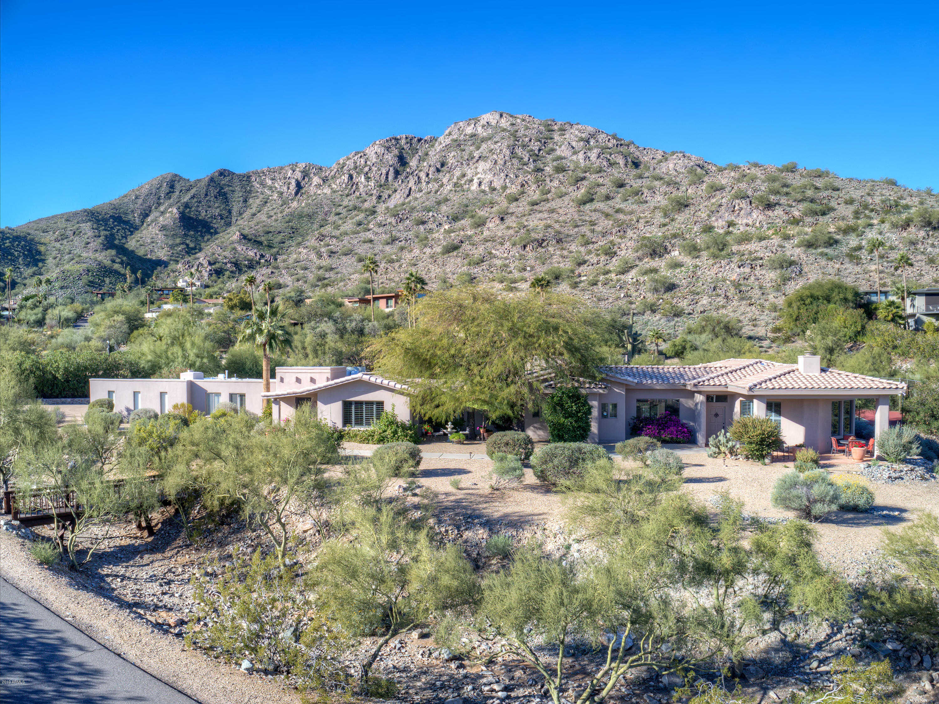 $1,249,000 - 5Br/4Ba - Home for Sale in Sunset Hills Lot 21-37 & Tr A, B, Paradise Valley