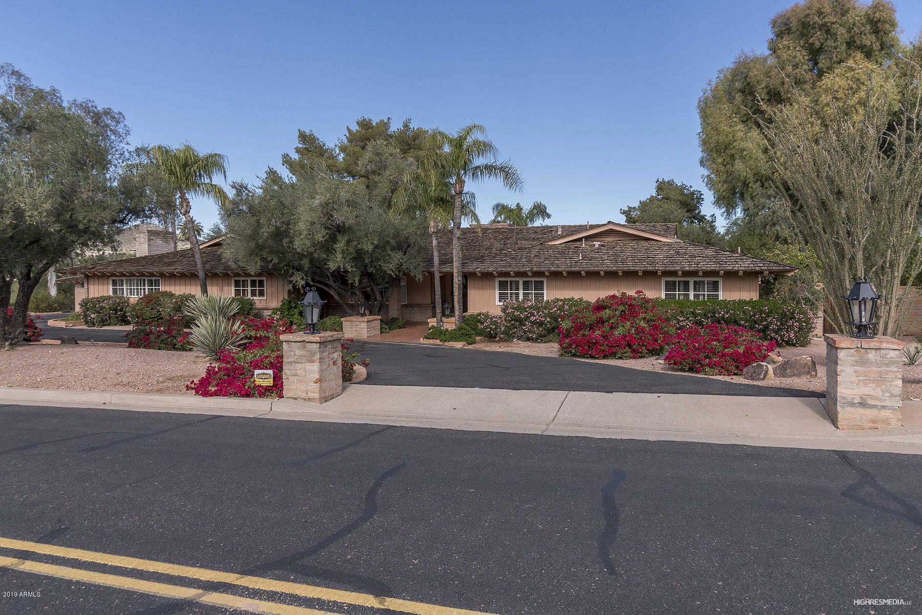 $1,650,000 - 5Br/5Ba - Home for Sale in N/a, Paradise Valley