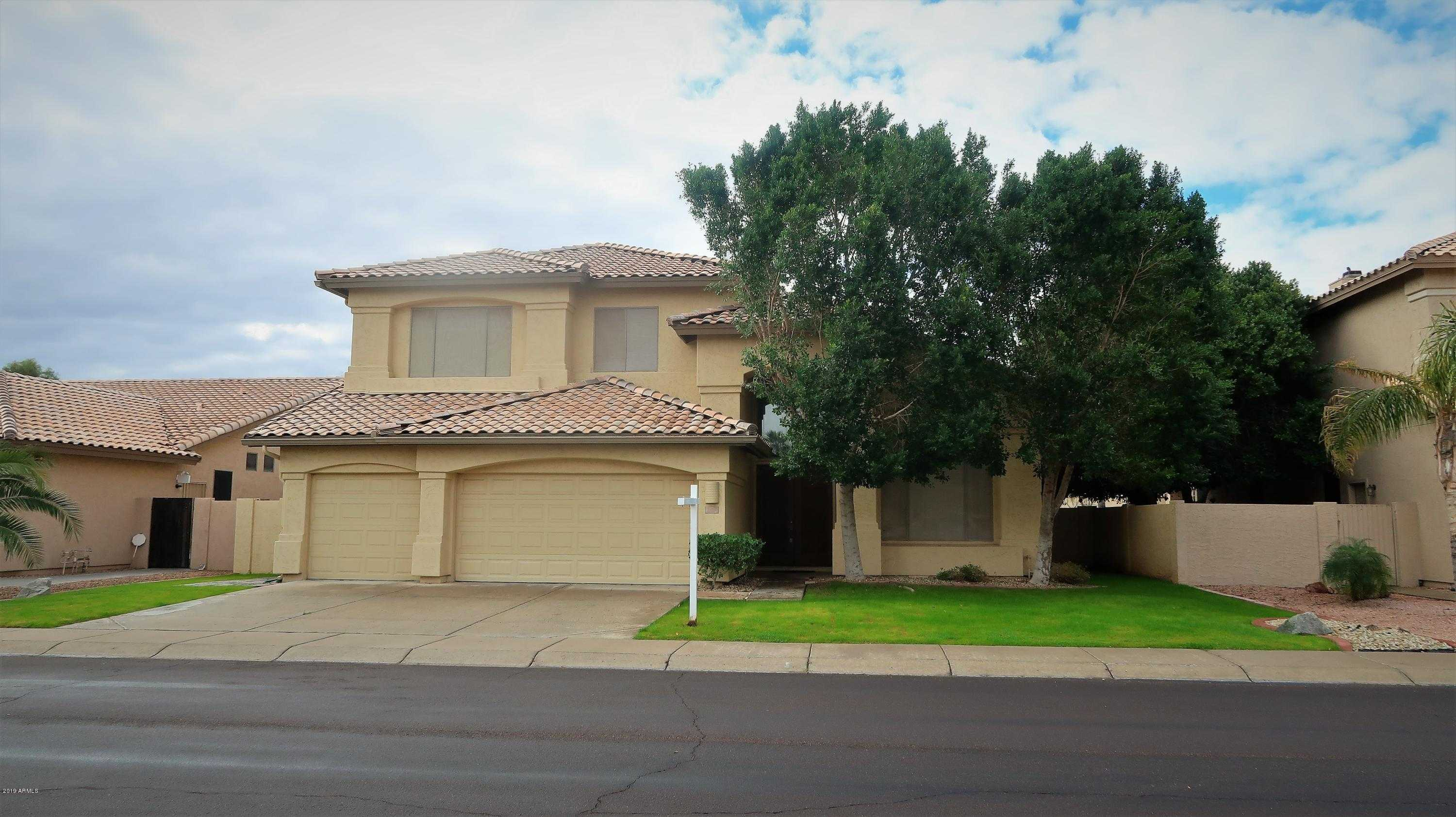 $430,000 - 4Br/3Ba - Home for Sale in Fulton Homes At Arrowhead Ranch Unit One, Glendale