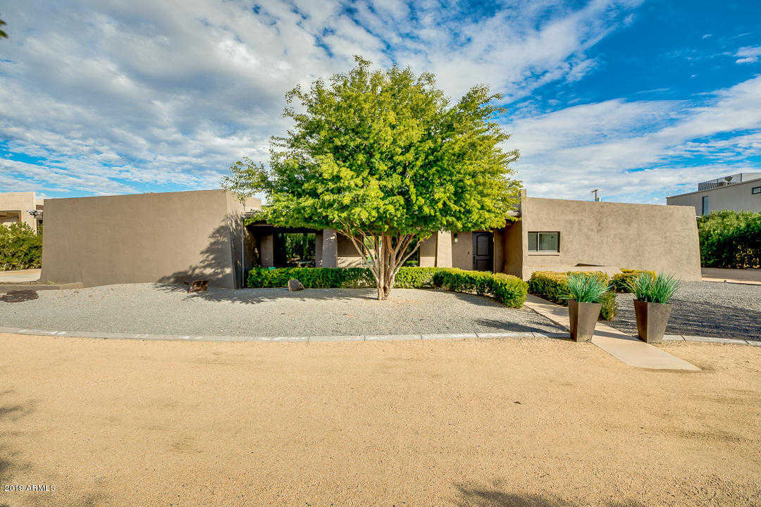 $1,000,000 - 5Br/6Ba - Home for Sale in Camelback Park, Paradise Valley