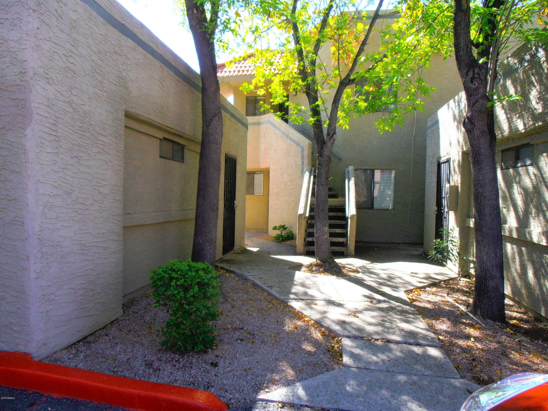 - 2Br/2Ba -  for Sale in Scottsdale Haciendas Condominiums Ut 1-180, Scottsdale