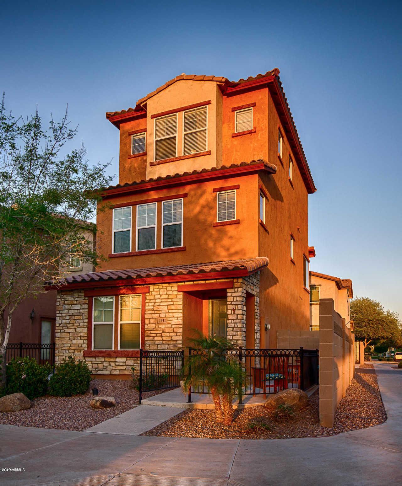 $178,900   2Br/3Ba   Home For Sale In Vinsanto, Phoenix MLS Logo