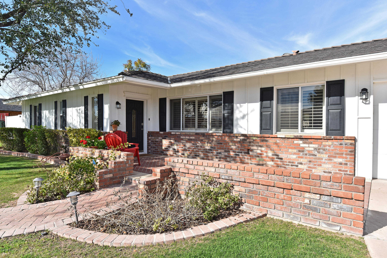 $975,000 - 4Br/2Ba - Home for Sale in Hidden Village 12 Lots 540-551, 558-568, Scottsdale