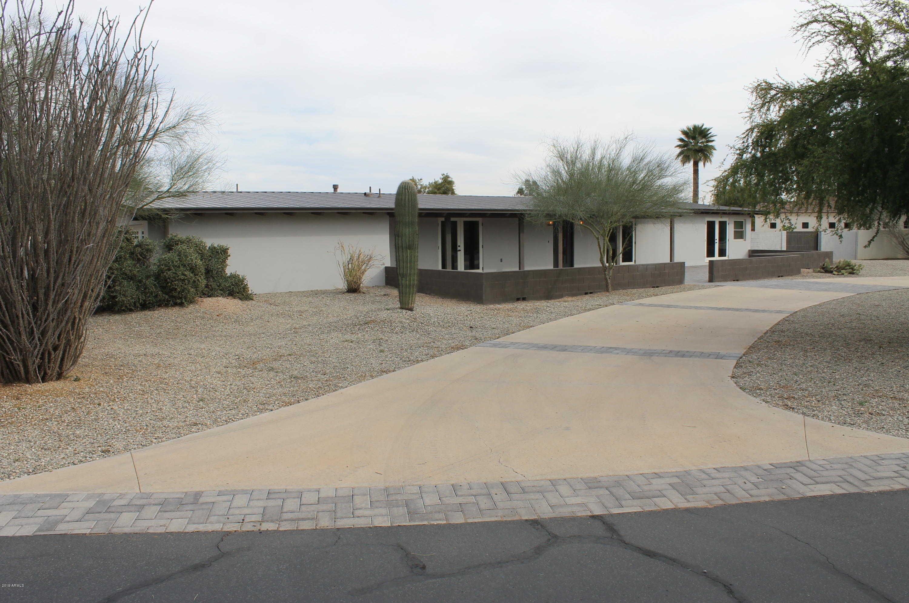 $1,200,000 - 3Br/2Ba - Home for Sale in Lincoln Drive Vista, Paradise Valley