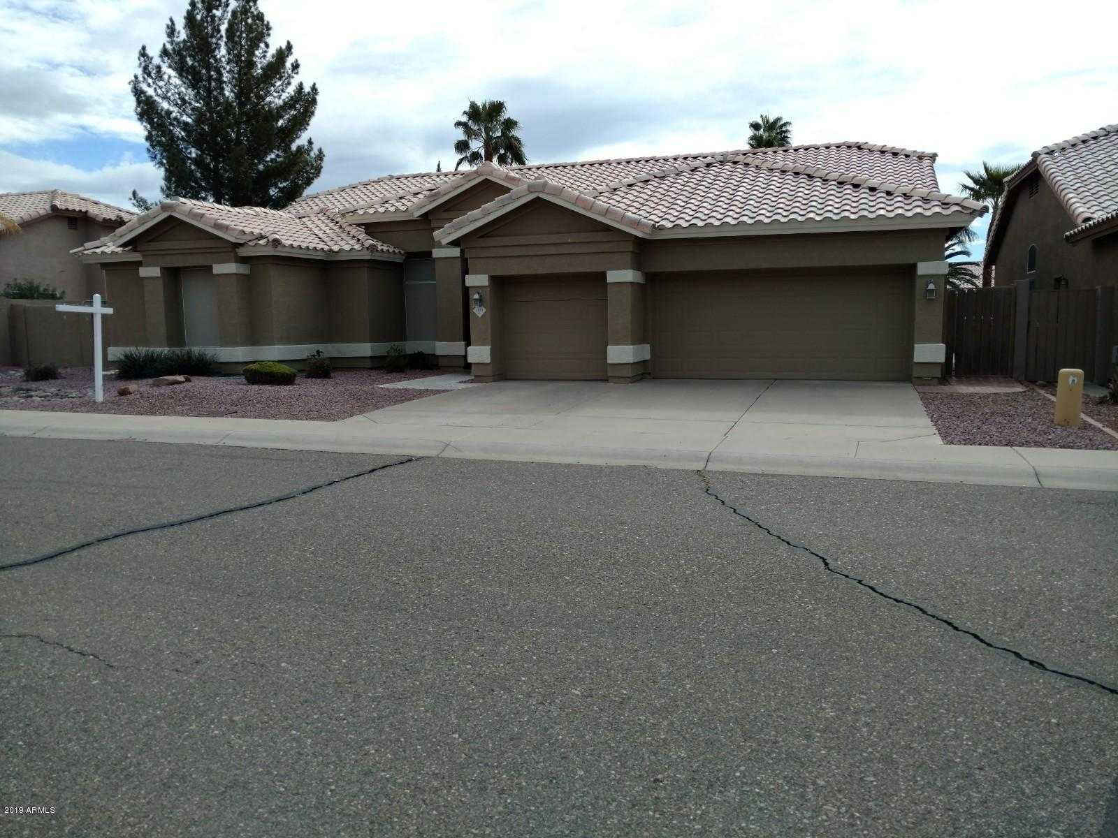 $399,000 - 4Br/3Ba - Home for Sale in Top Of The Ranch Two, Glendale