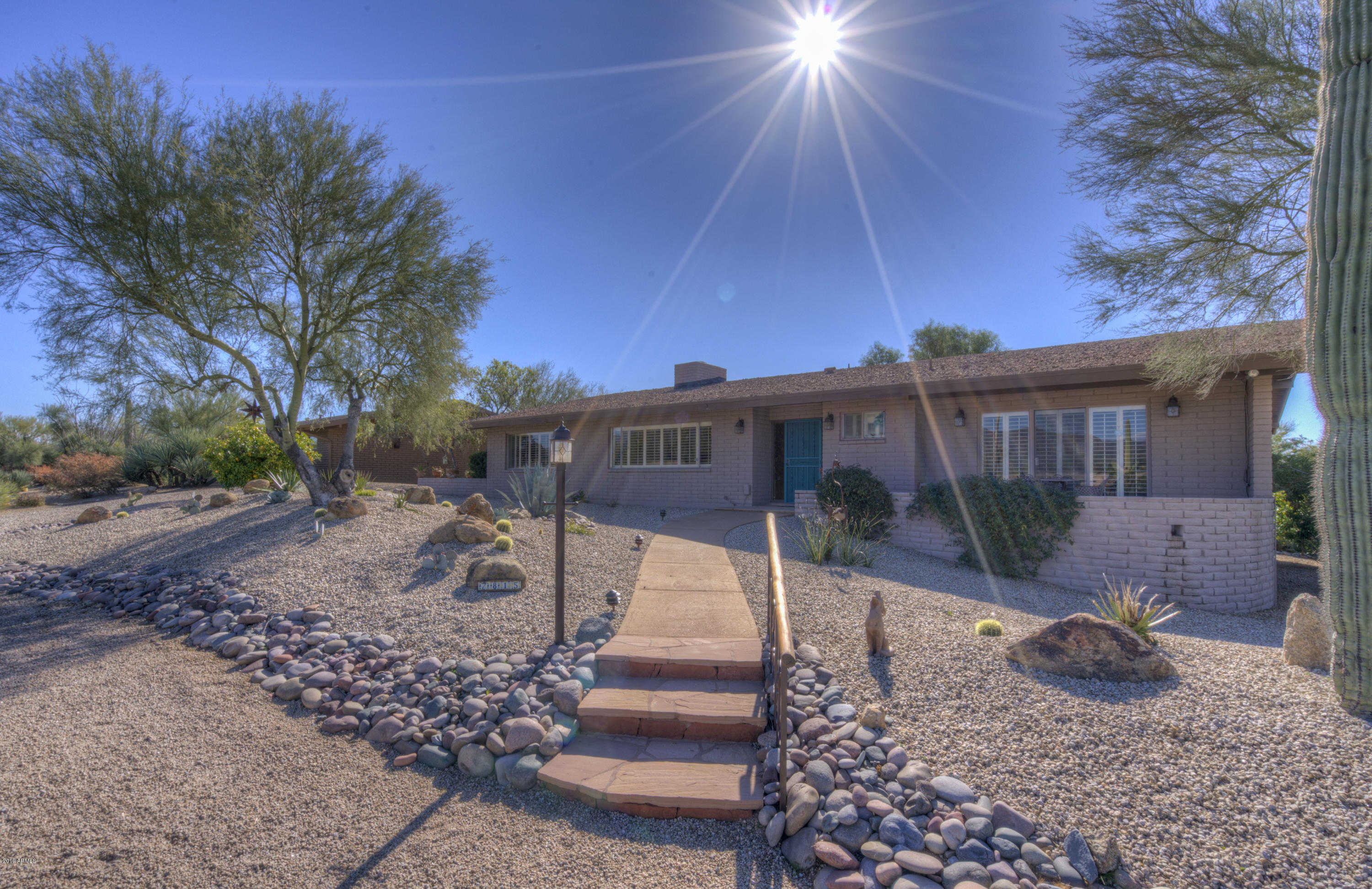 $515,000 - 2Br/3Ba - Home for Sale in Carefree Inn Estates Amended, Carefree