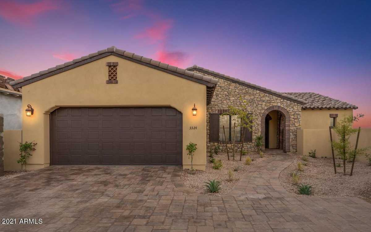 $647,990 - 3Br/3Ba - Home for Sale in Club Villas At Superstition Foothills, Gold Canyon