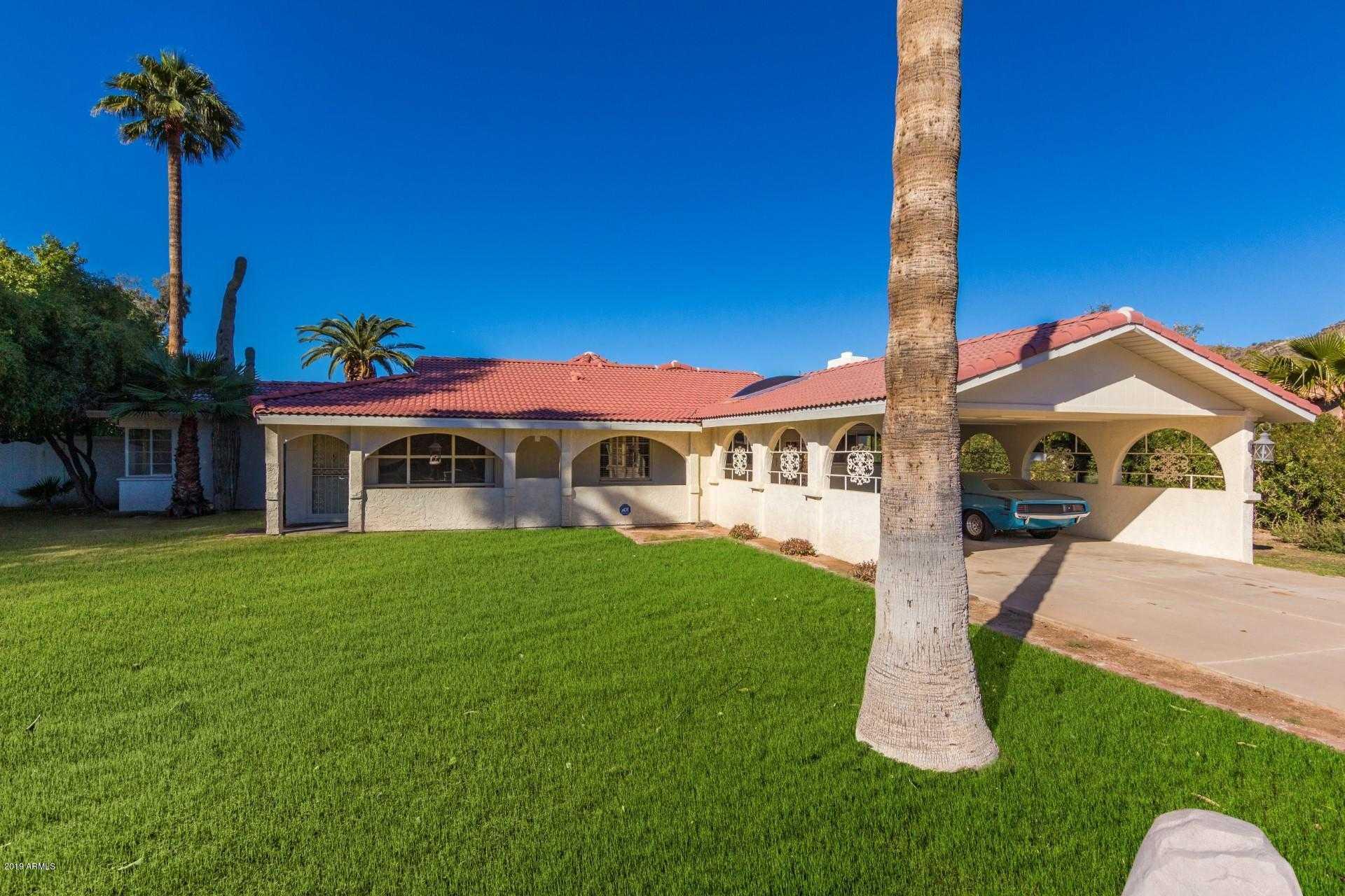 $900,000 - 3Br/3Ba - Home for Sale in Scottsdale Desert Est, Paradise Valley