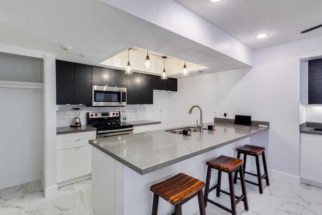 $254,500 - 2Br/2Ba -  for Sale in Scottsdale Springs Condominiums, Scottsdale