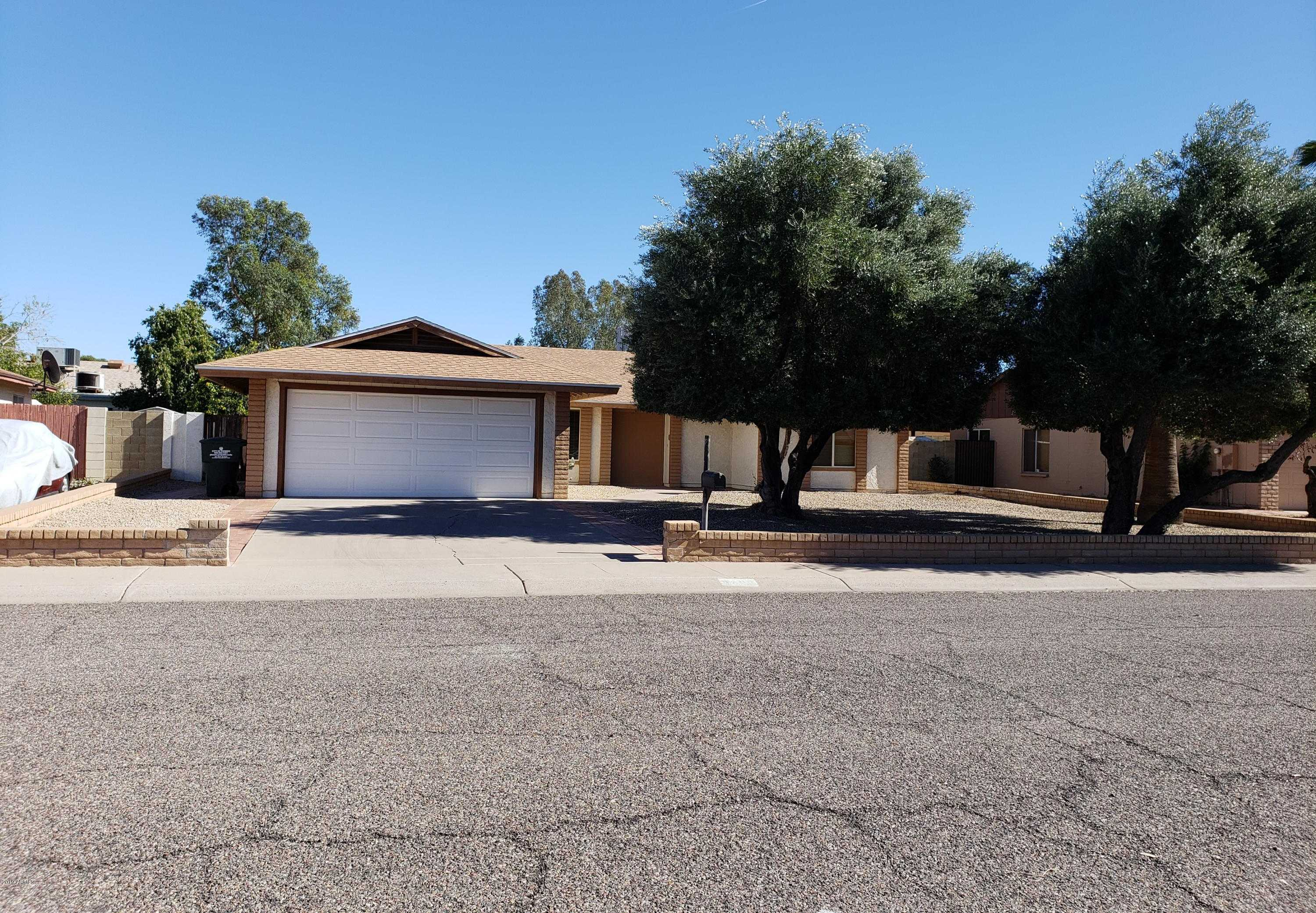 $247,000 - 3Br/2Ba - Home for Sale in West Plaza 28 Lot 986-1130, Phoenix