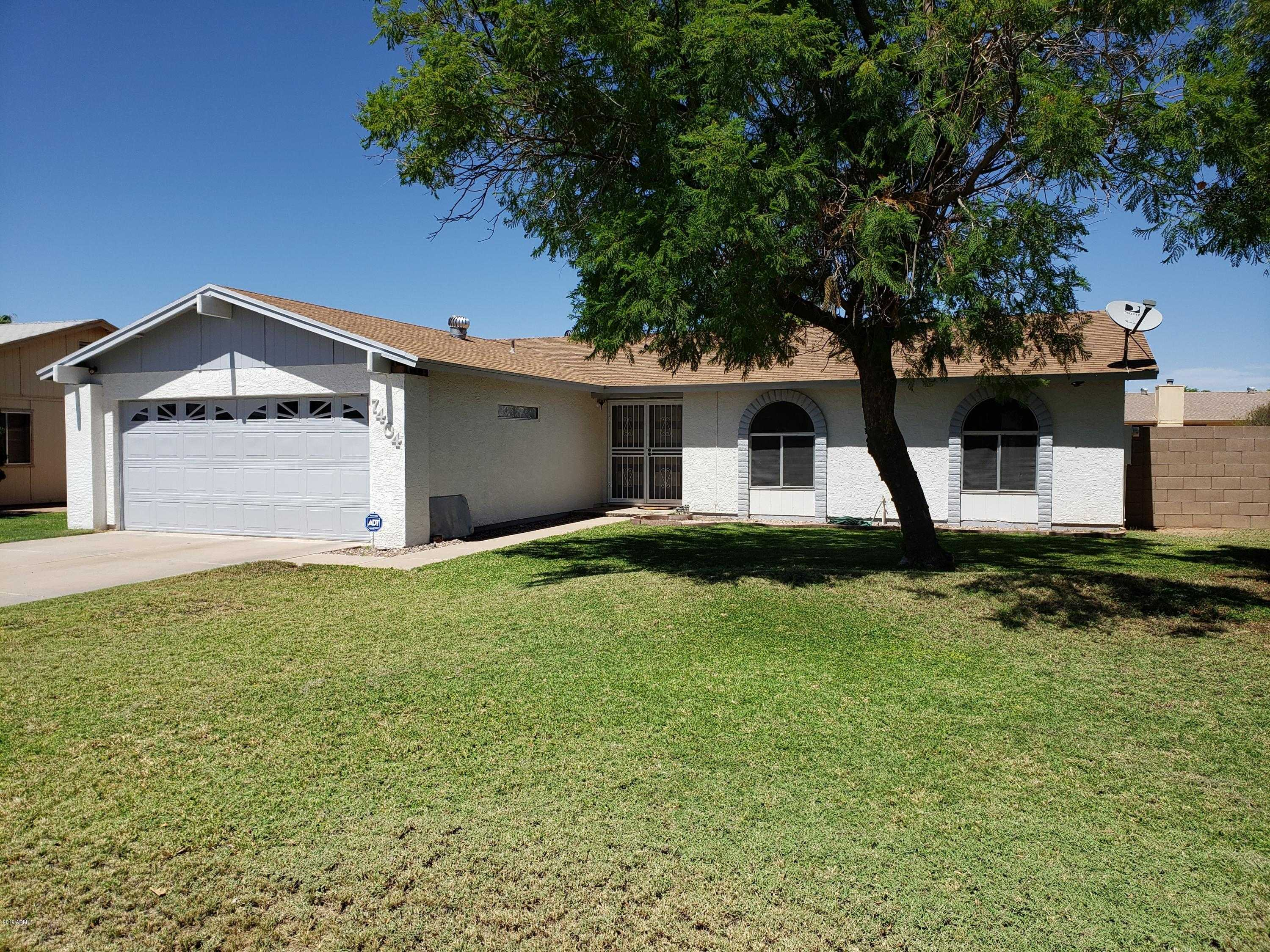 $240,000 - 3Br/2Ba - Home for Sale in Park View West Unit 3 Lot 1-206, Peoria