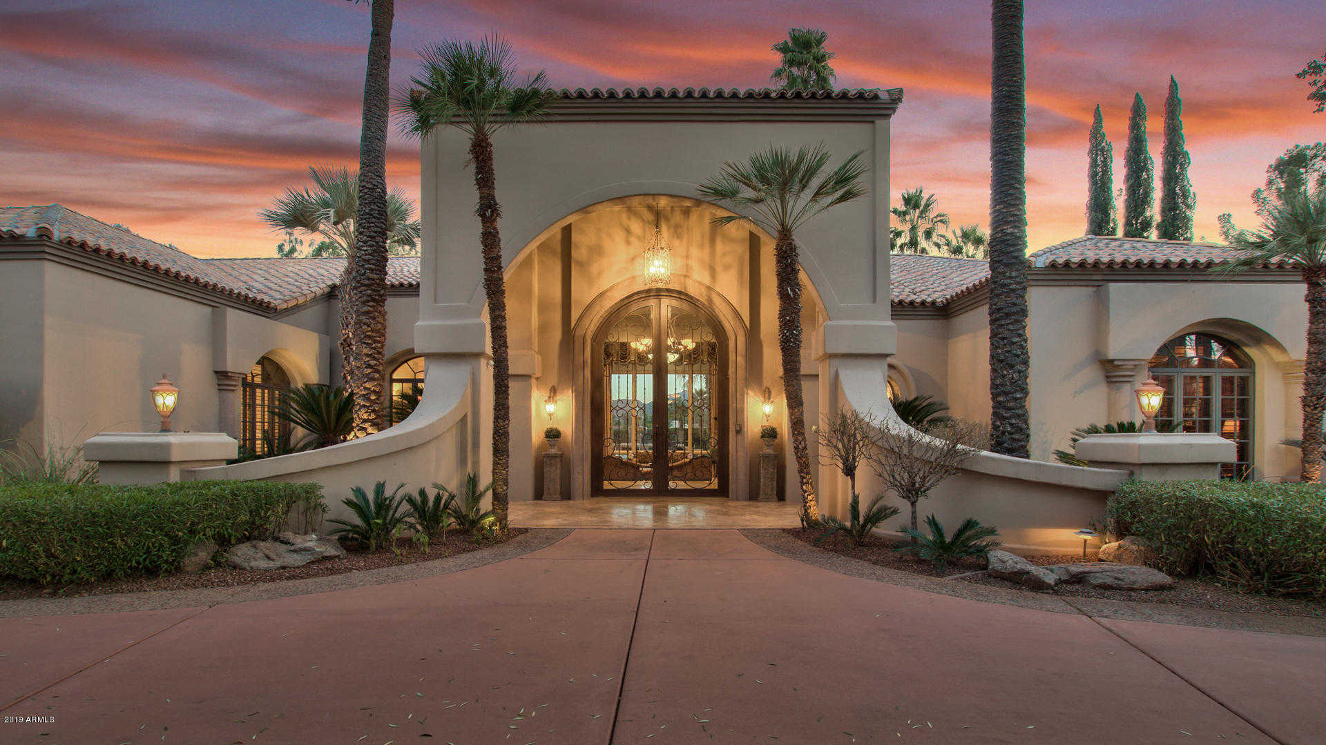 $2,182,000 - 4Br/5Ba - Home for Sale in Camelback Country Estates, Paradise Valley