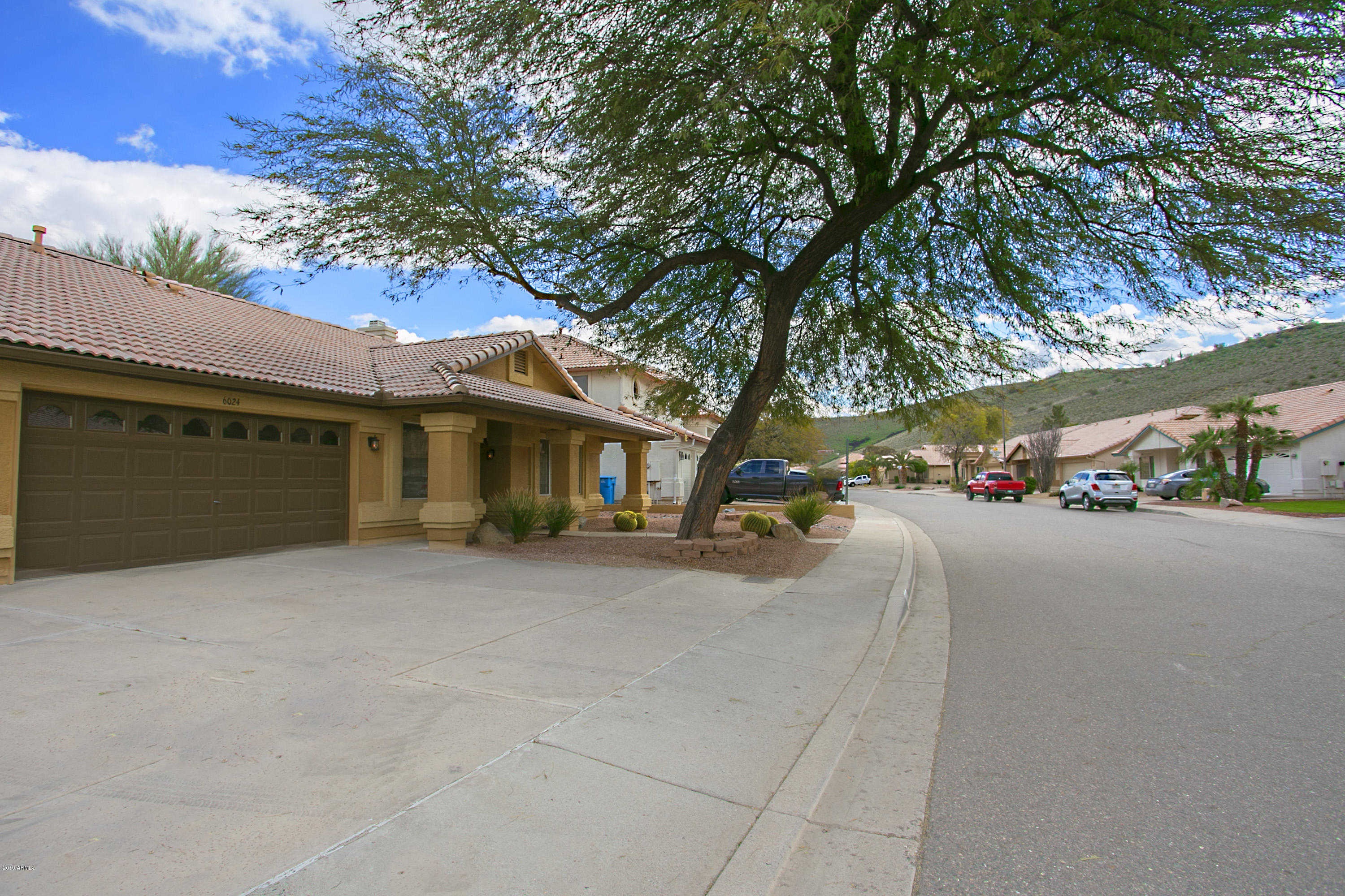 $342,500 - 4Br/2Ba - Home for Sale in Pinnacle Hill Lot 1-259 Tr A-o, Glendale