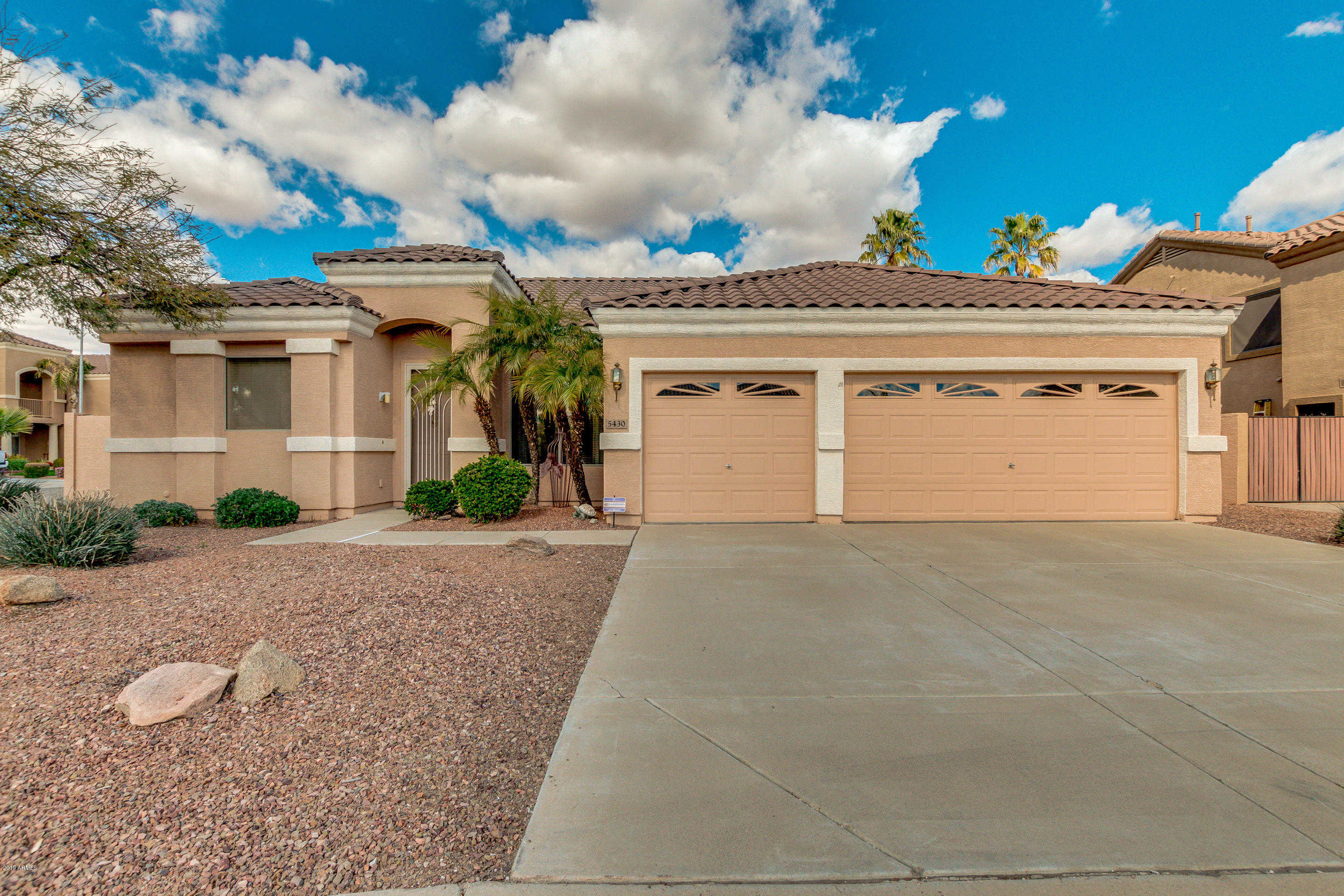 $349,900 - 3Br/2Ba - Home for Sale in Touchstone 2, Glendale
