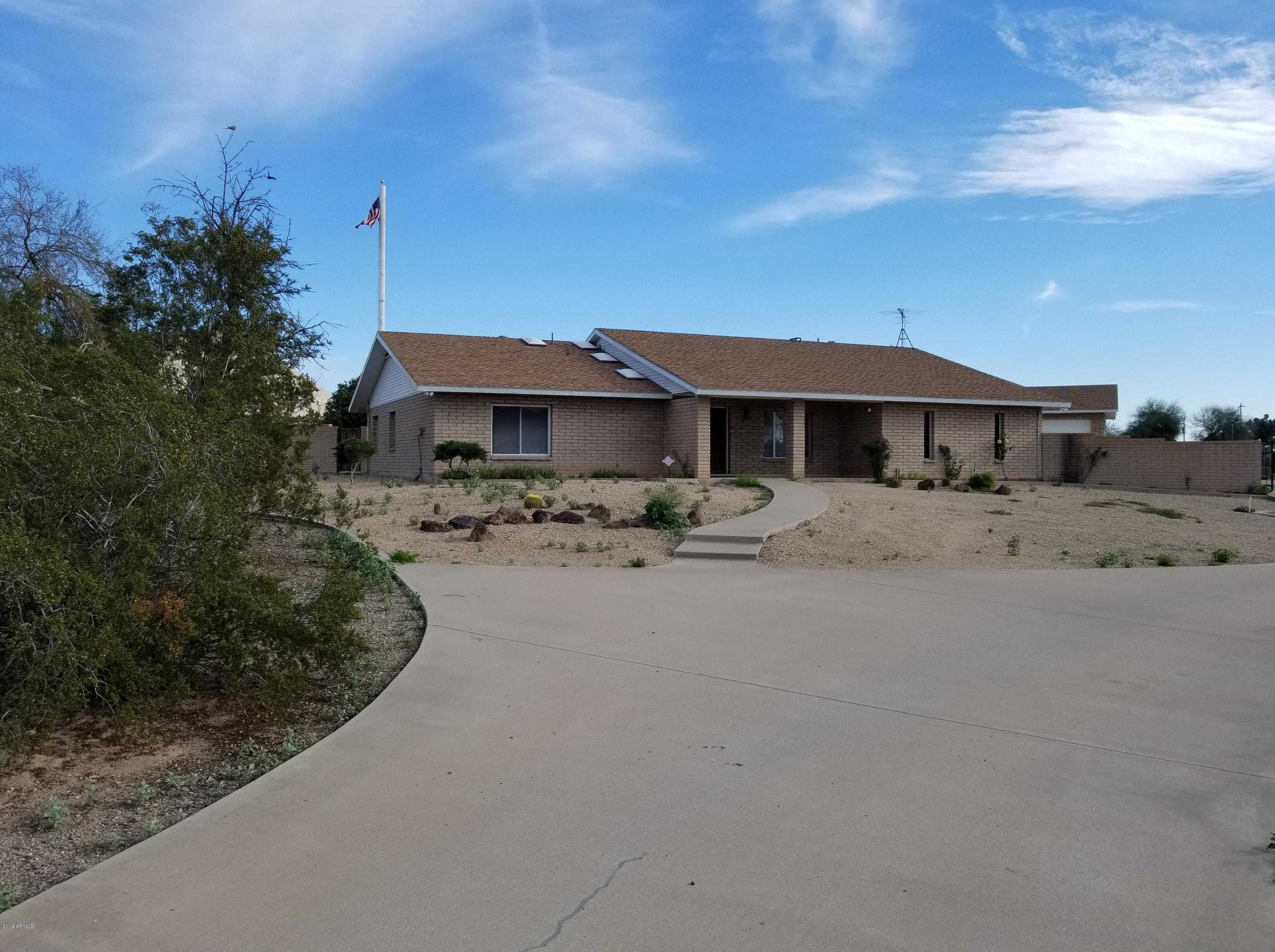 $799,000 - 4Br/3Ba - Home for Sale in Horse Property, Glendale