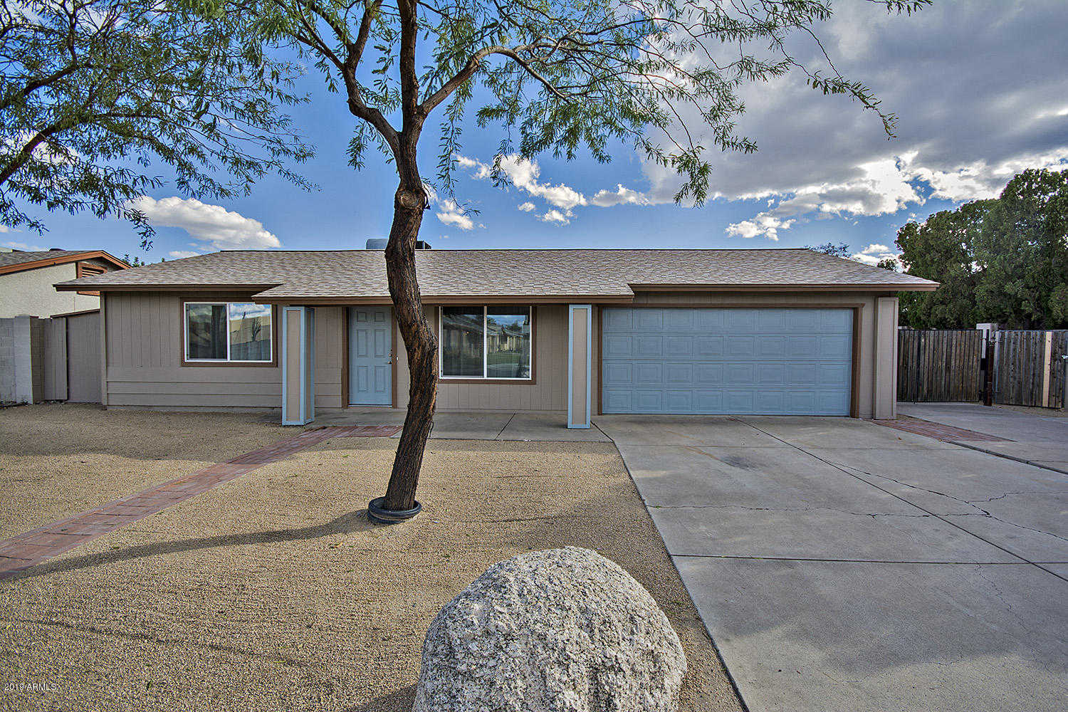 $200,000 - 2Br/2Ba - Home for Sale in Parkview West Unit One Lot 1-111, Glendale