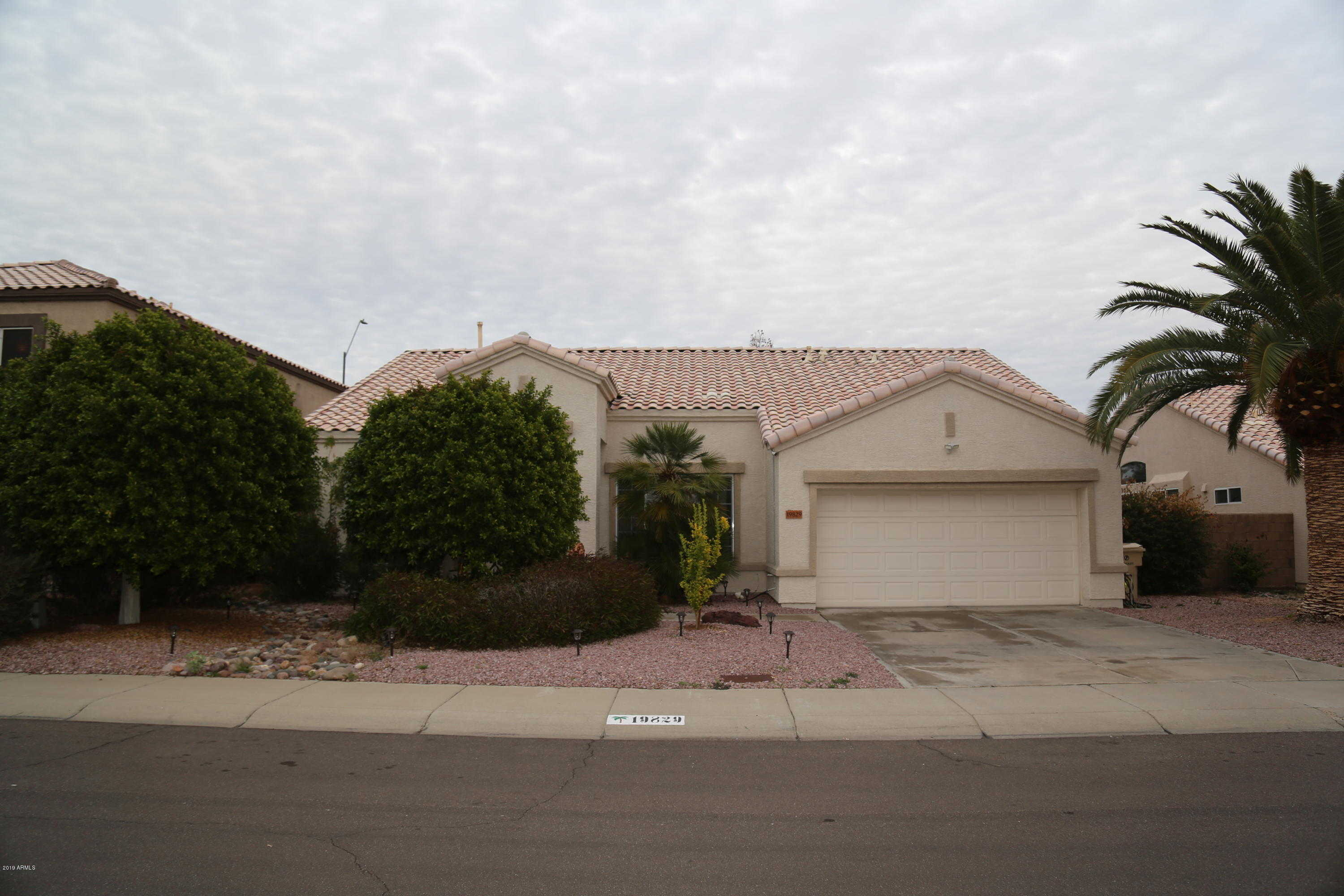 $319,000 - 3Br/2Ba - Home for Sale in Arrowhead Heights, Glendale
