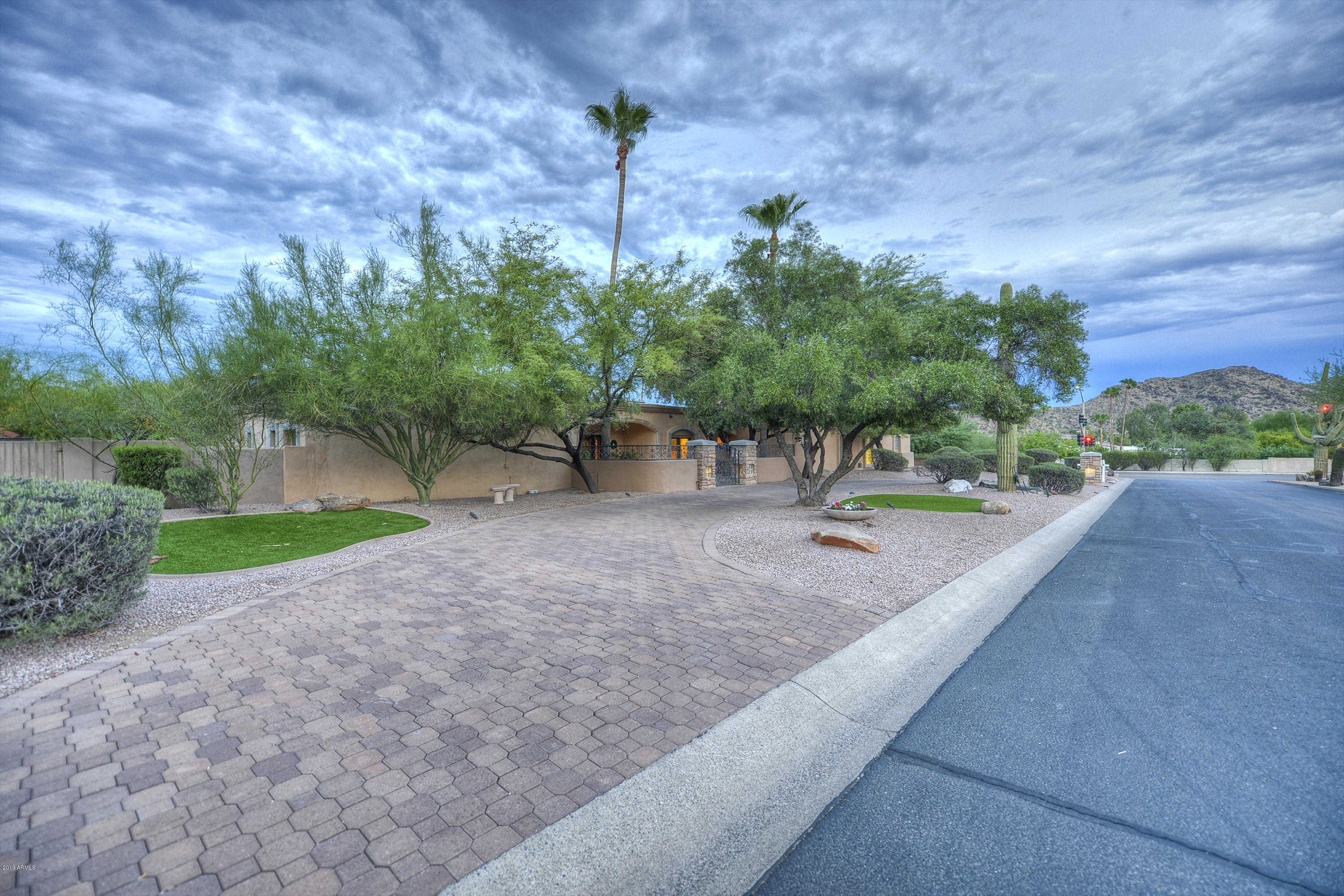 $1,095,000 - 4Br/5Ba - Home for Sale in Paradise View Estates Amended, Paradise Valley