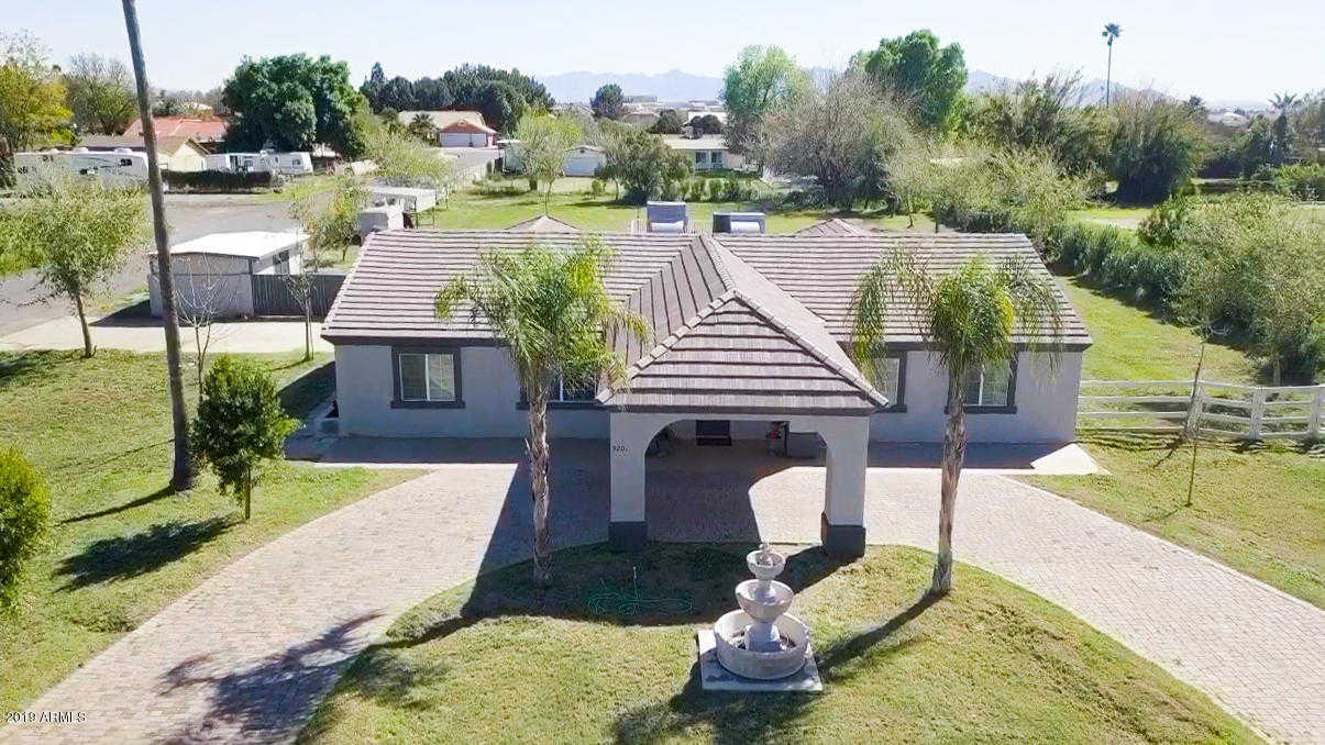 $550,000 - 4Br/3Ba - Home for Sale in Pendergast West Amended, Glendale
