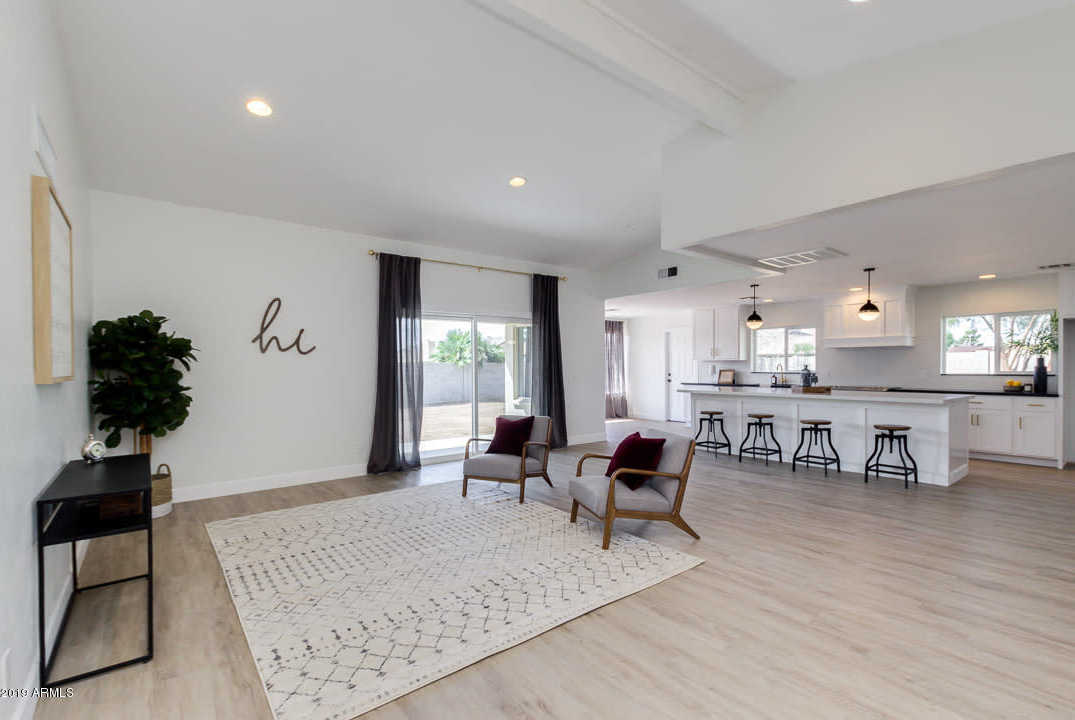 $329,000 - 4Br/2Ba - Home for Sale in Park Place North Unit 2 Lot 1-109, Glendale