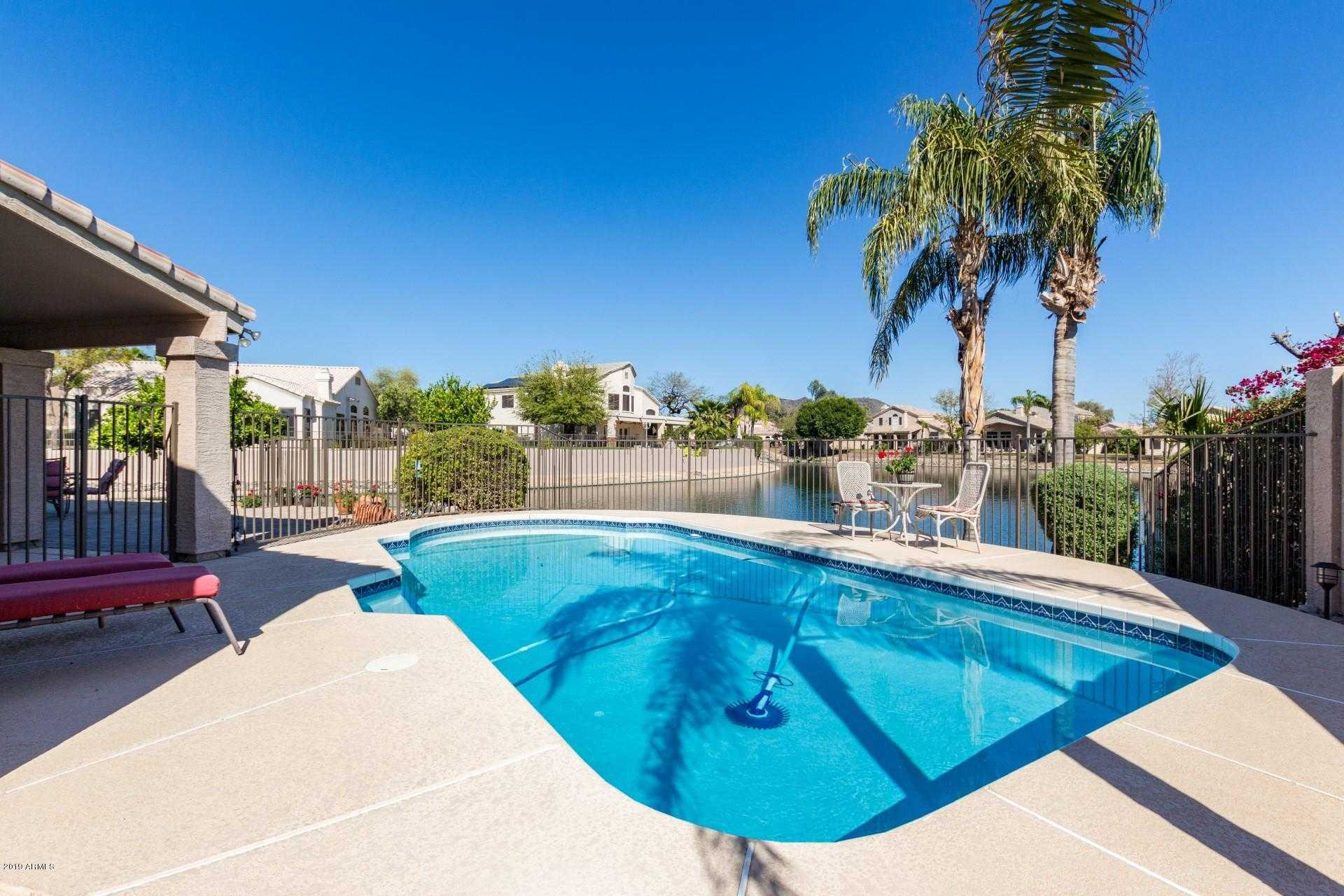 $443,975 - 4Br/3Ba - Home for Sale in Tuscany Point, Glendale