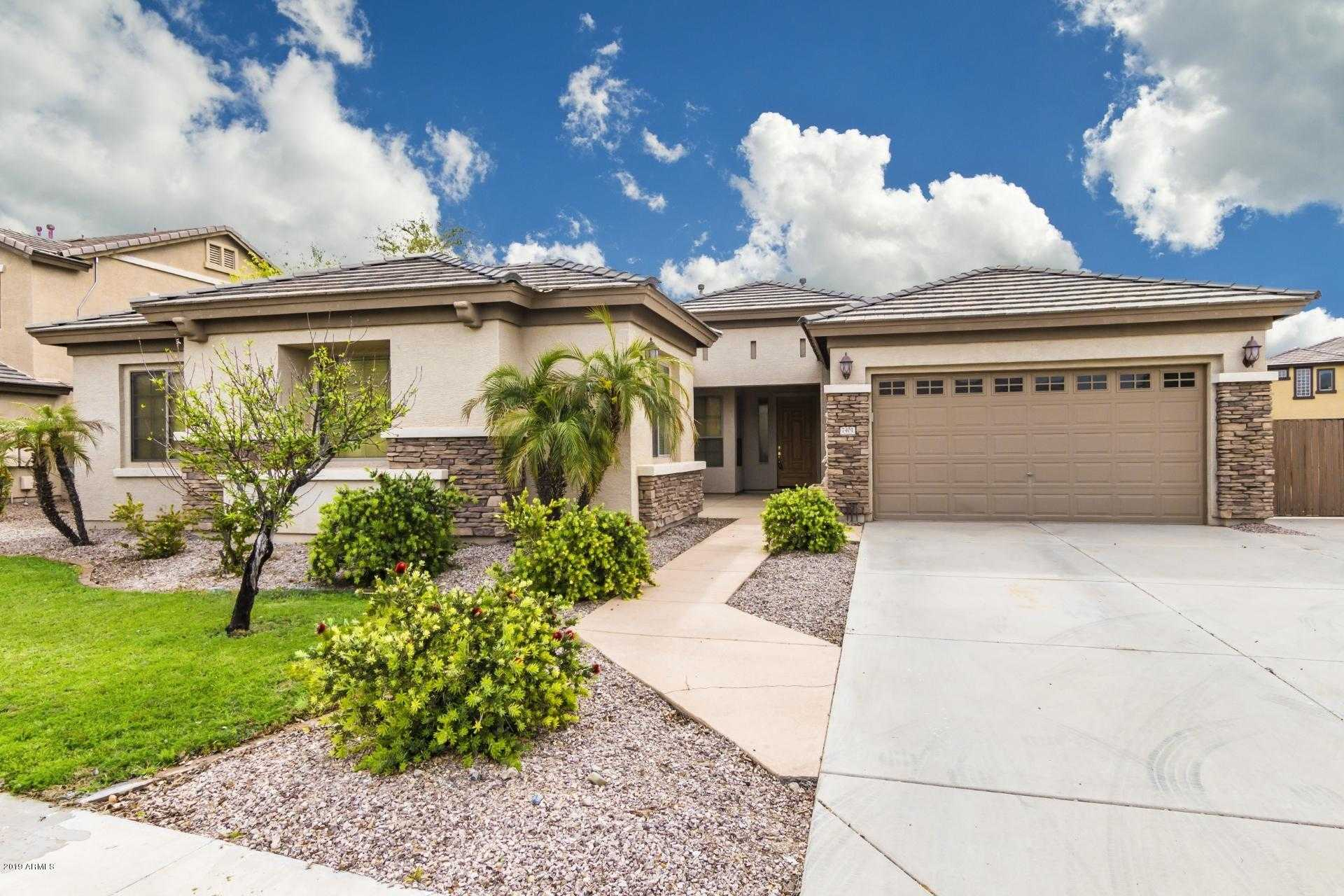 $404,999 - 4Br/3Ba - Home for Sale in Rovey Farm Estates South, Glendale