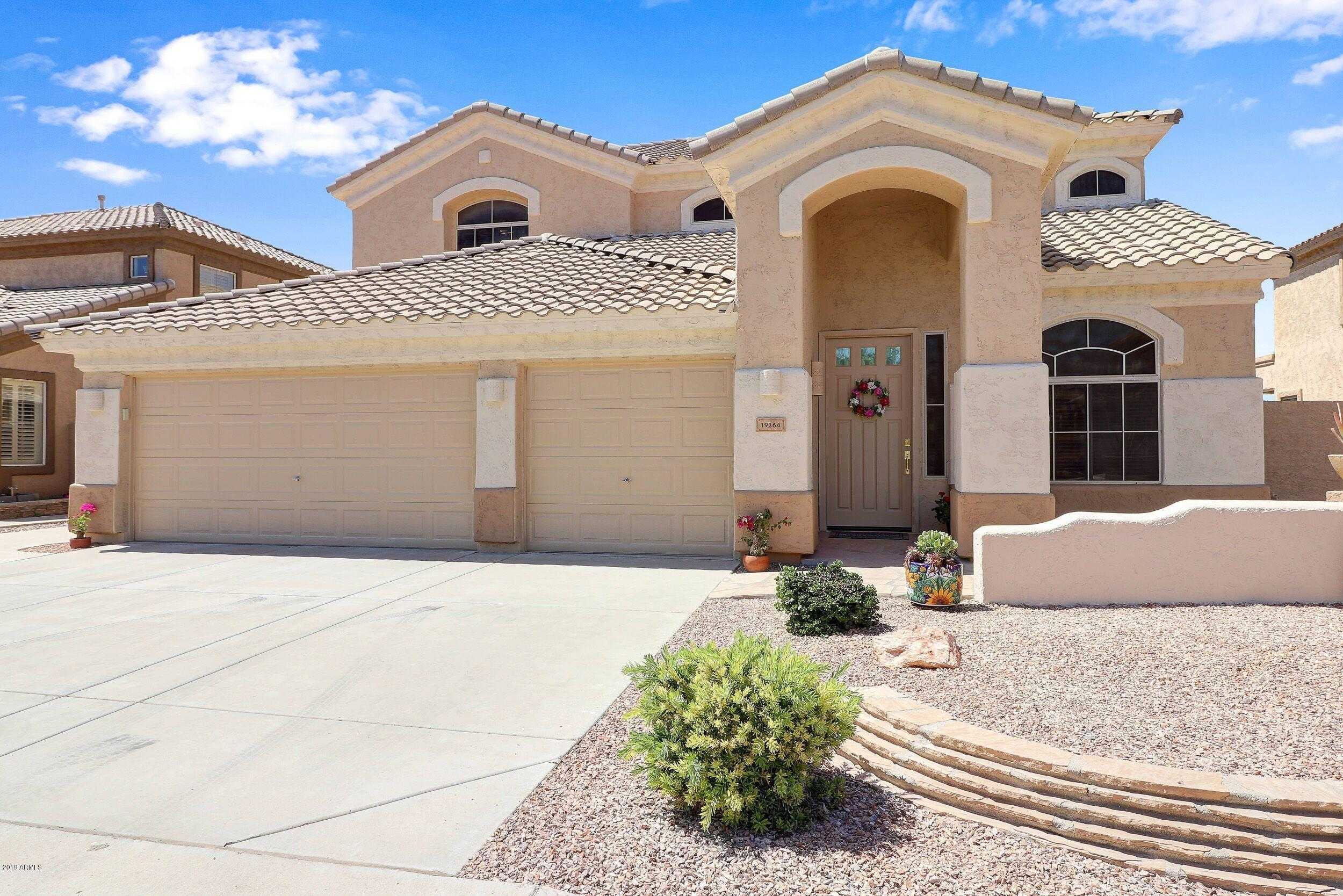 $405,000 - 5Br/4Ba - Home for Sale in Highlands At Arrowhead Ranch 3, Glendale
